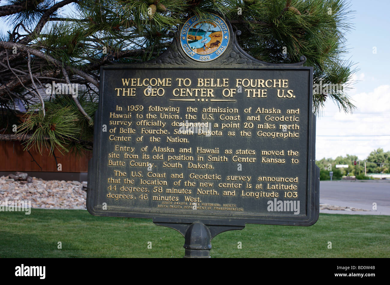 A sign in Belle Fourche, South Dakota marking it as the geographic center of the United States. - Stock Image