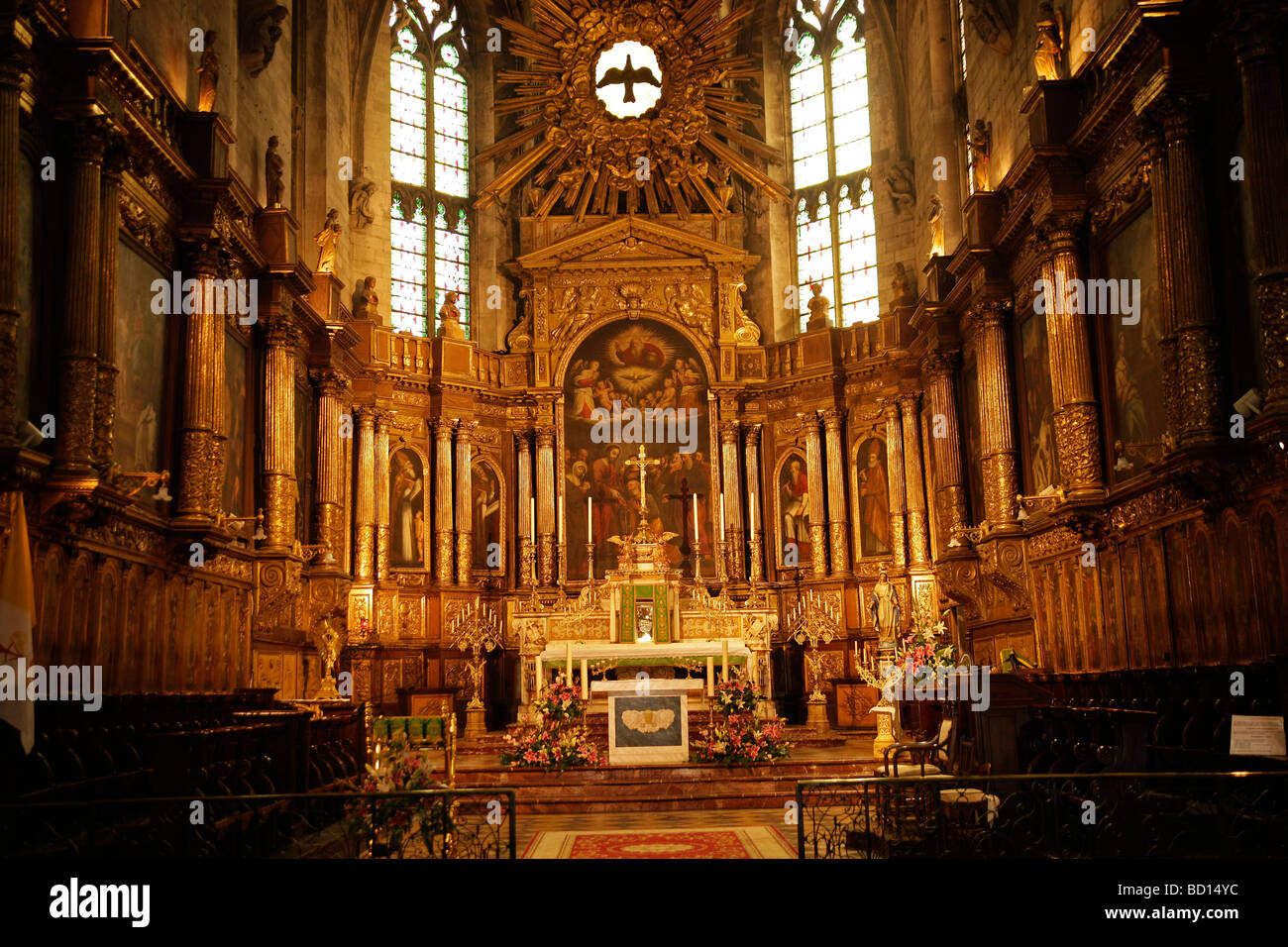 Interior and altar of the St. Pierre Church in Avignon, Provence, France, Europe - Stock Image
