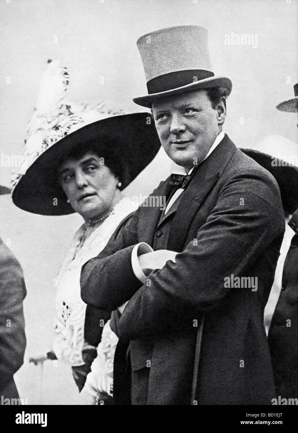 WINSTON CHURCHILL with his mother Lady Randolph in July 1912 Stock Photo