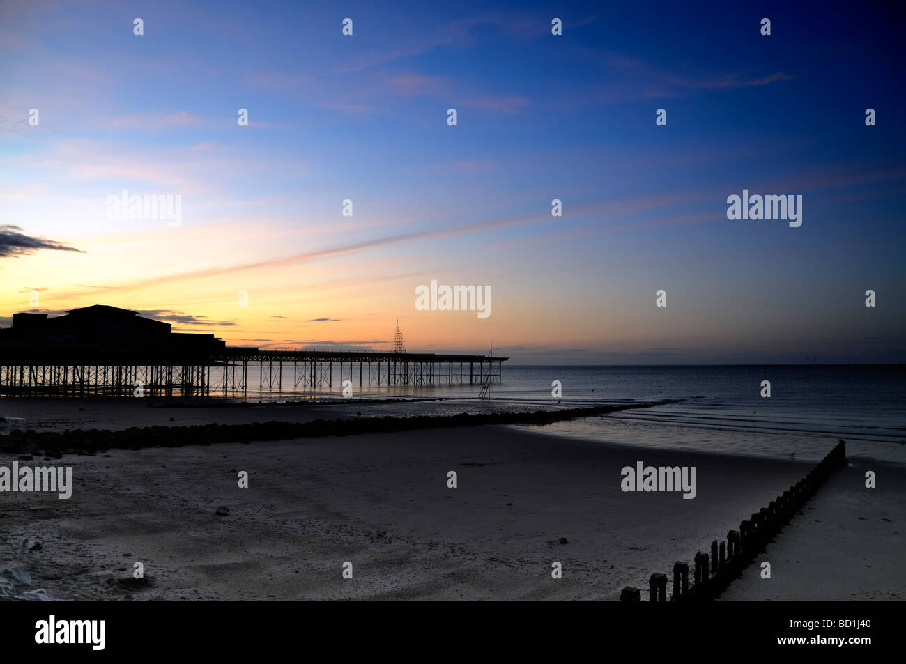 Colwyn Bay a view of Colwyn pier at sunset - Stock Image