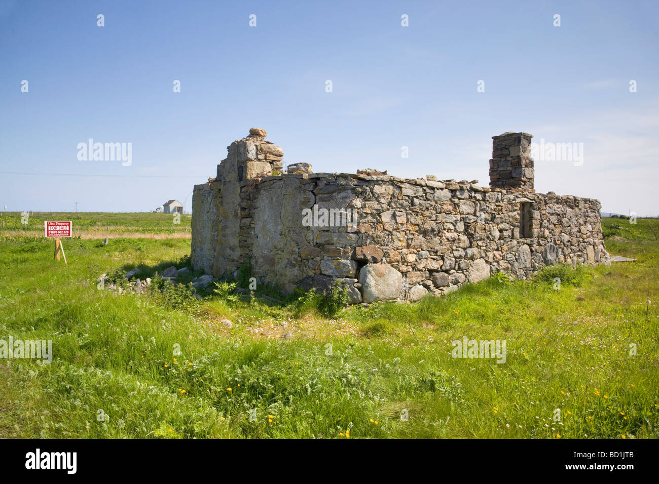 House for sale at Iochdar on the Hebridean island of South Uist, Scotland - Stock Image