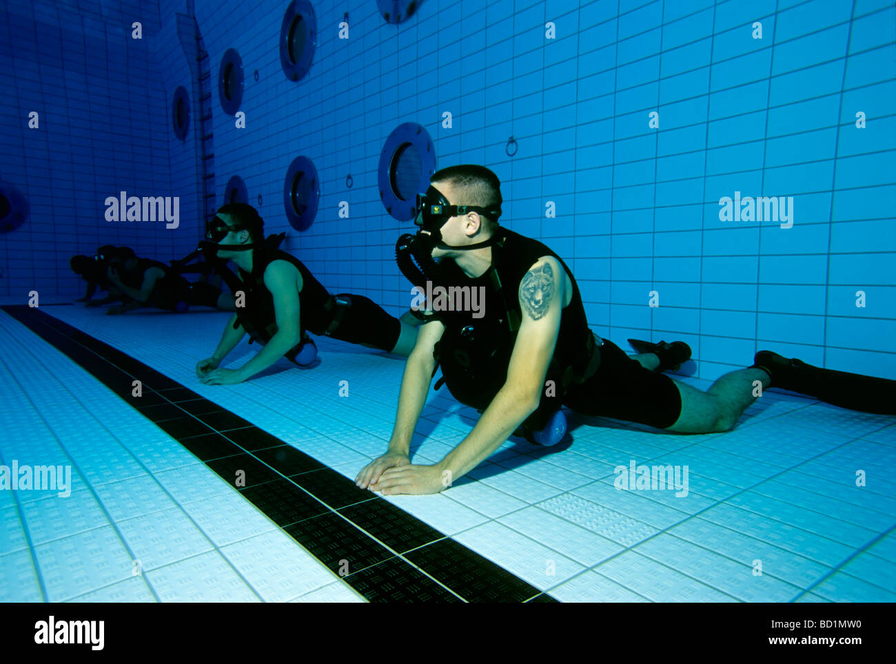 Soldiers of the German special forces 'Kampfschwimmerkompanie' exercise with oxygen rebreather unit, tatoo, - Stock Image