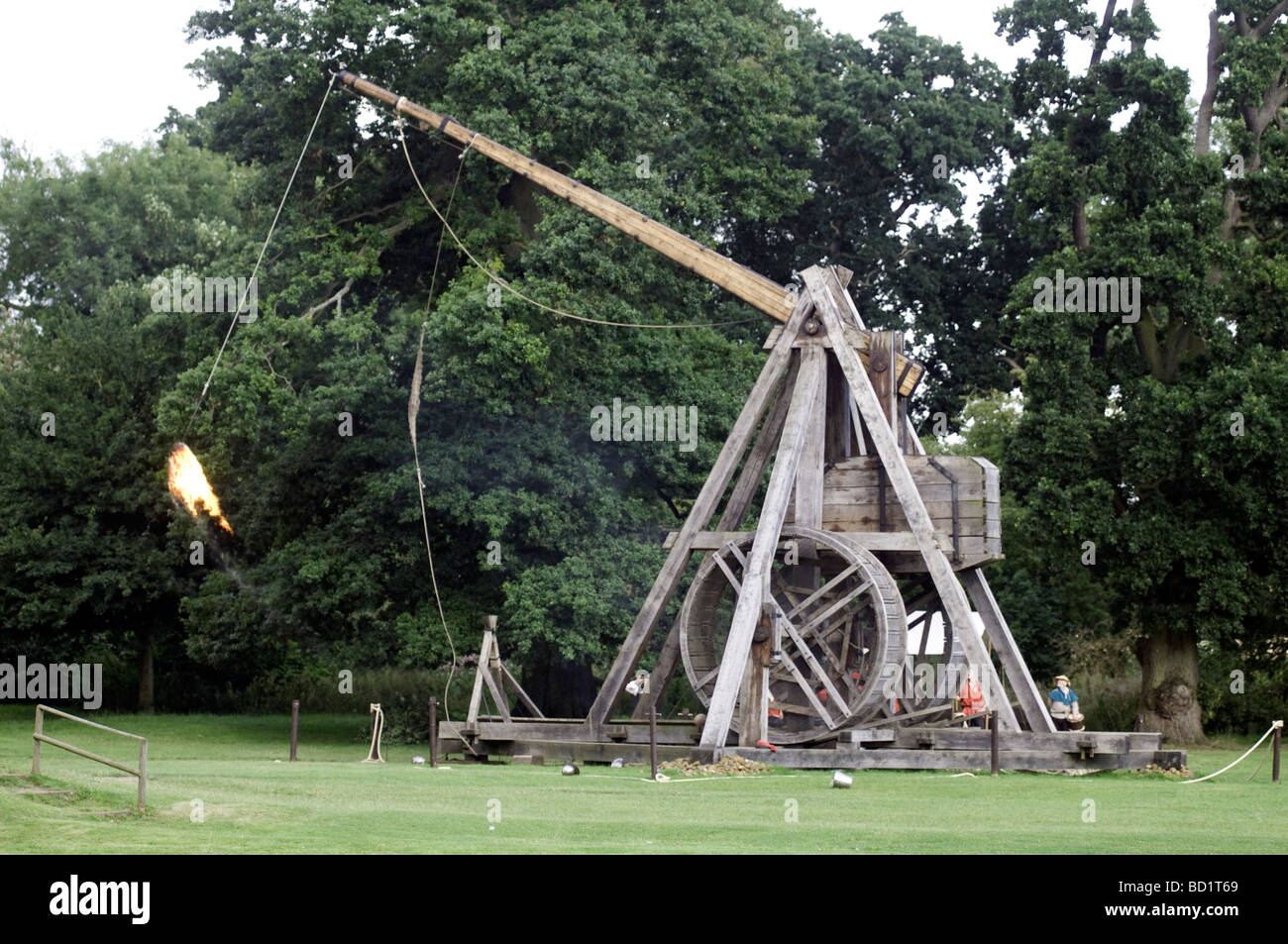 Medieval Weapon Stock Photos Images Alamy Diagram Of Our Trebuchet Warwick Castle Is Home To One The Worlds Largest England
