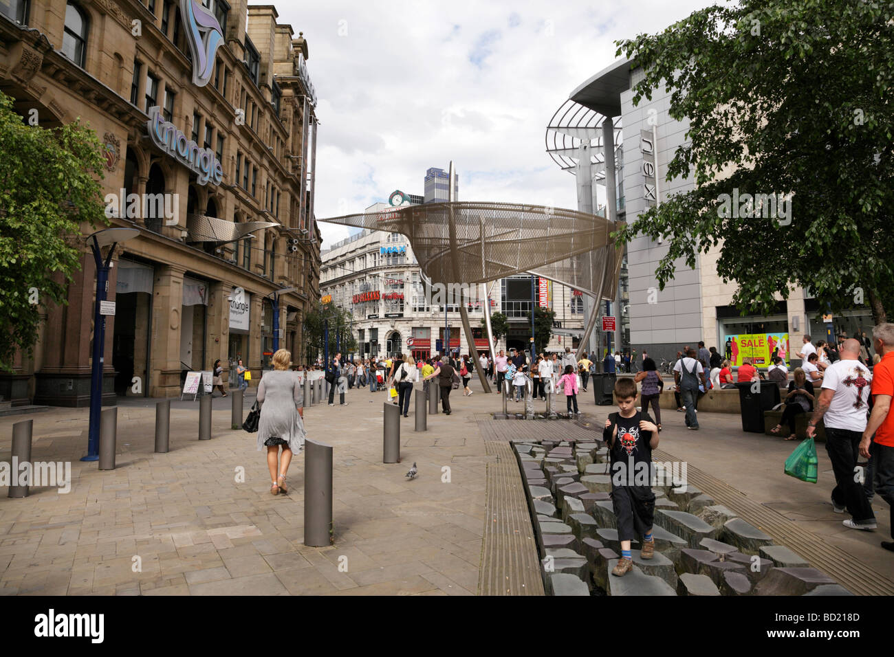 facade of the triangle shopping center regenerated after an ira bomb in 1996 exchange square manchester uk - Stock Image
