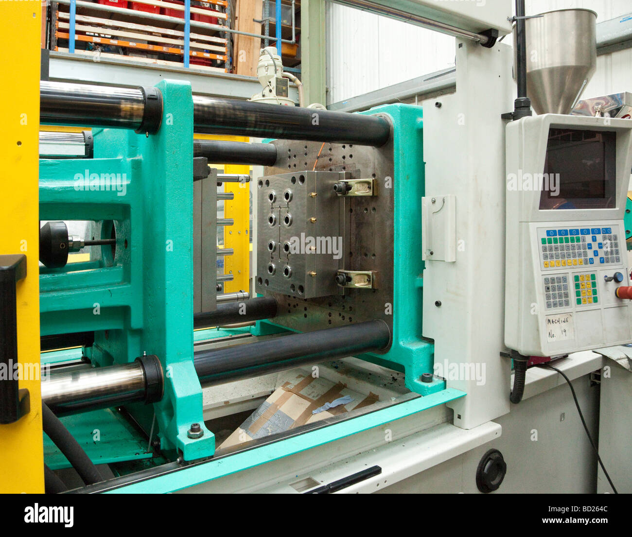 injection moulding machine for manufacture of plastic parts - Stock Image