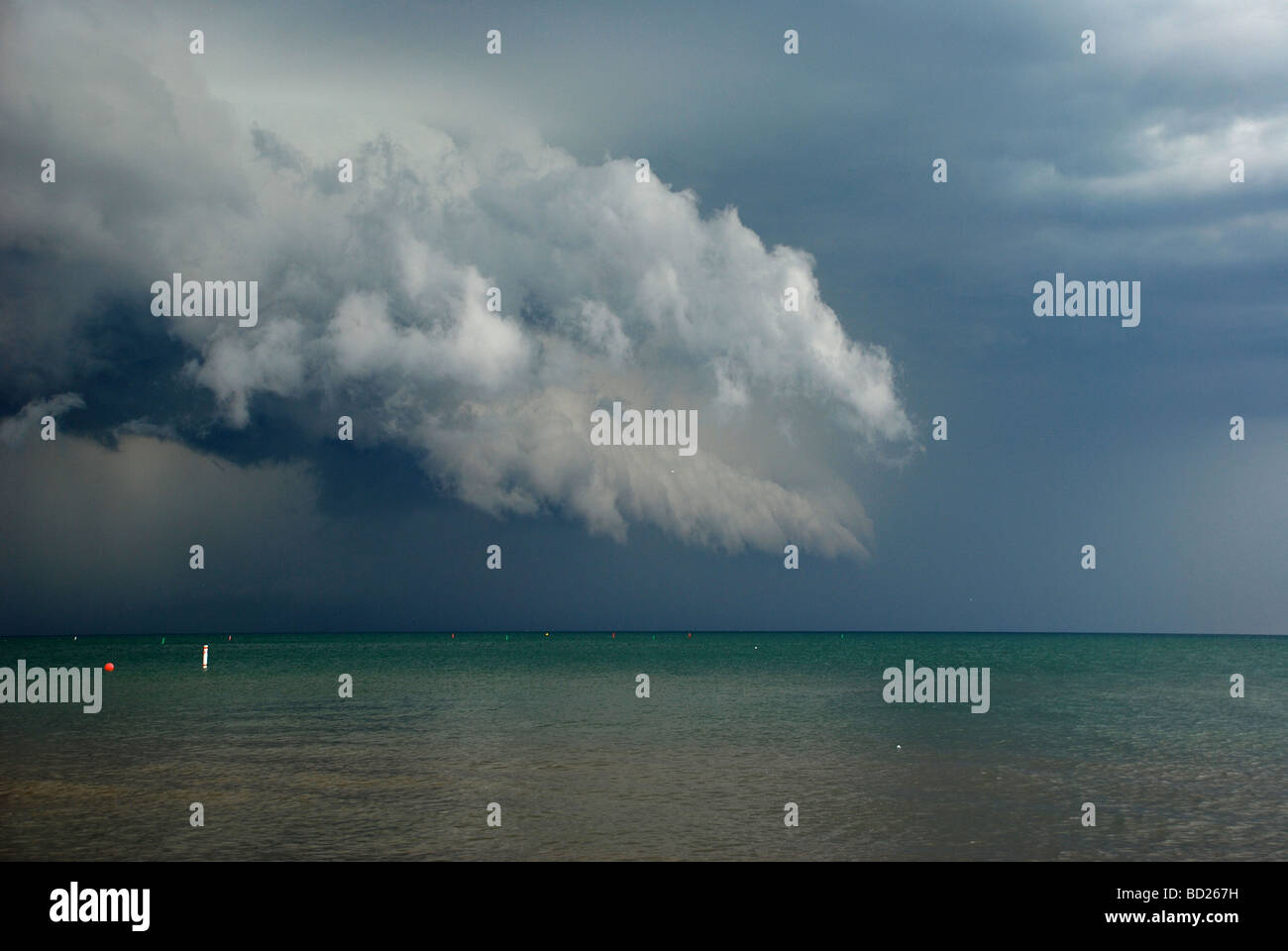 Storm Clouds over lake Michigan as seen from Greenwood Beach in Evanston, IL - Stock Image