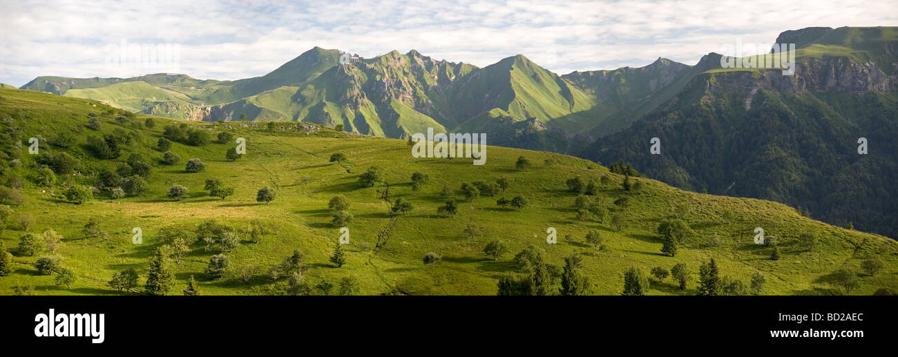 A panoramic view of the Sancy Massif, in Summer (Puy de Dôme - Auvergne - France). Vue panoramique du Massif - Stock Image