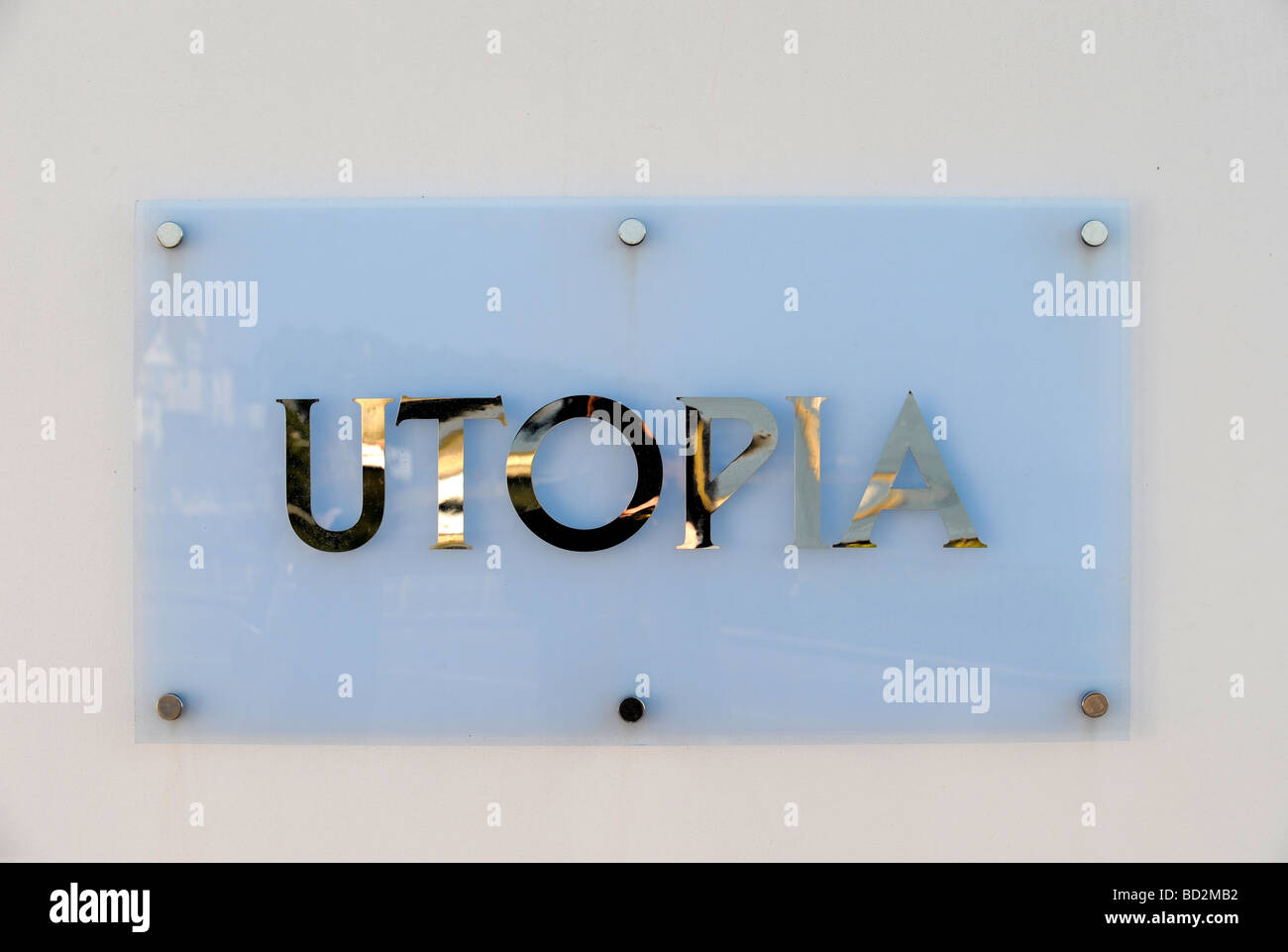 SIGN OUTSIDE A PROPERTY DEVELOPMENT CALLED UTOPIA ON SHORE ROAD NEAR SANDBANKS WITH A PRICE TAG OF OVER 3M FEB 2008 - Stock Image