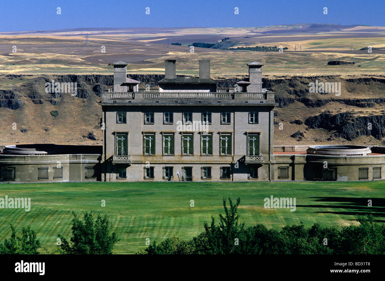 Maryhill Museum overlooking the Columbia River in eastern