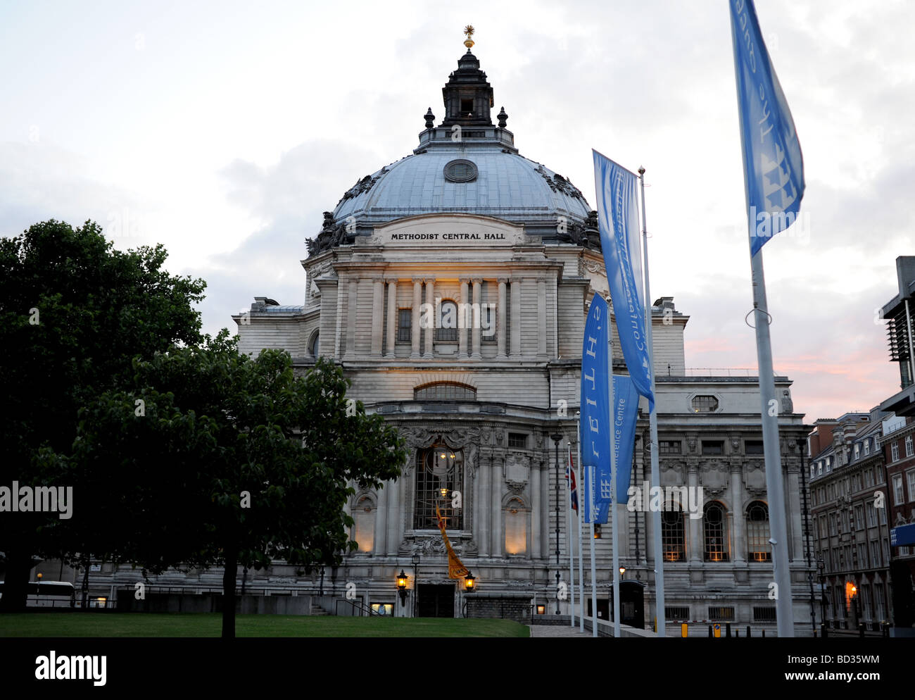 The Methodist Central Hall in London at dusk - Stock Image