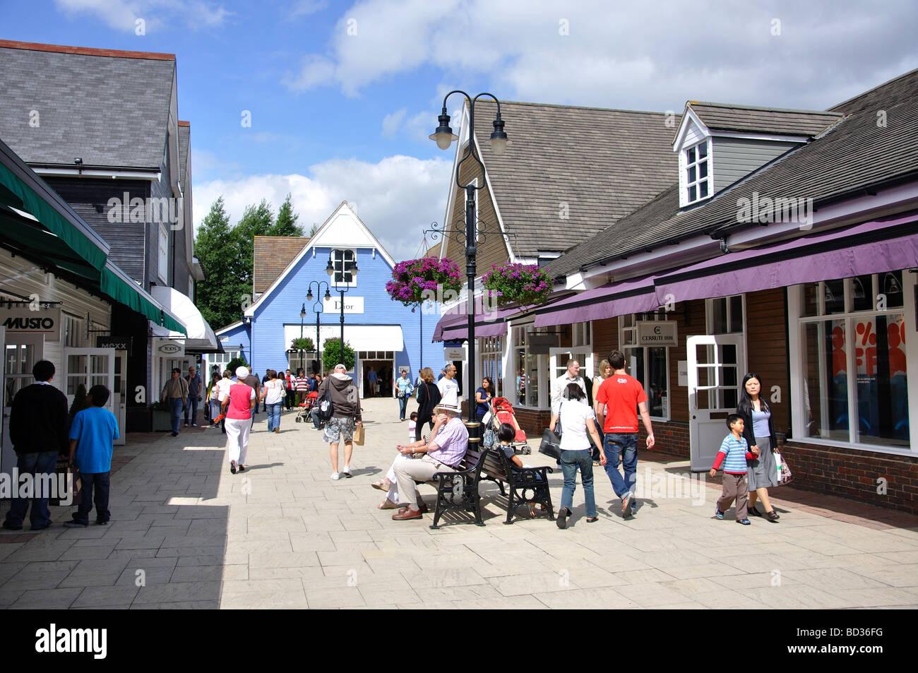 Bicester Village Shopping Centre, Bicester, Oxfordshire, England, United Kingdom - Stock Image