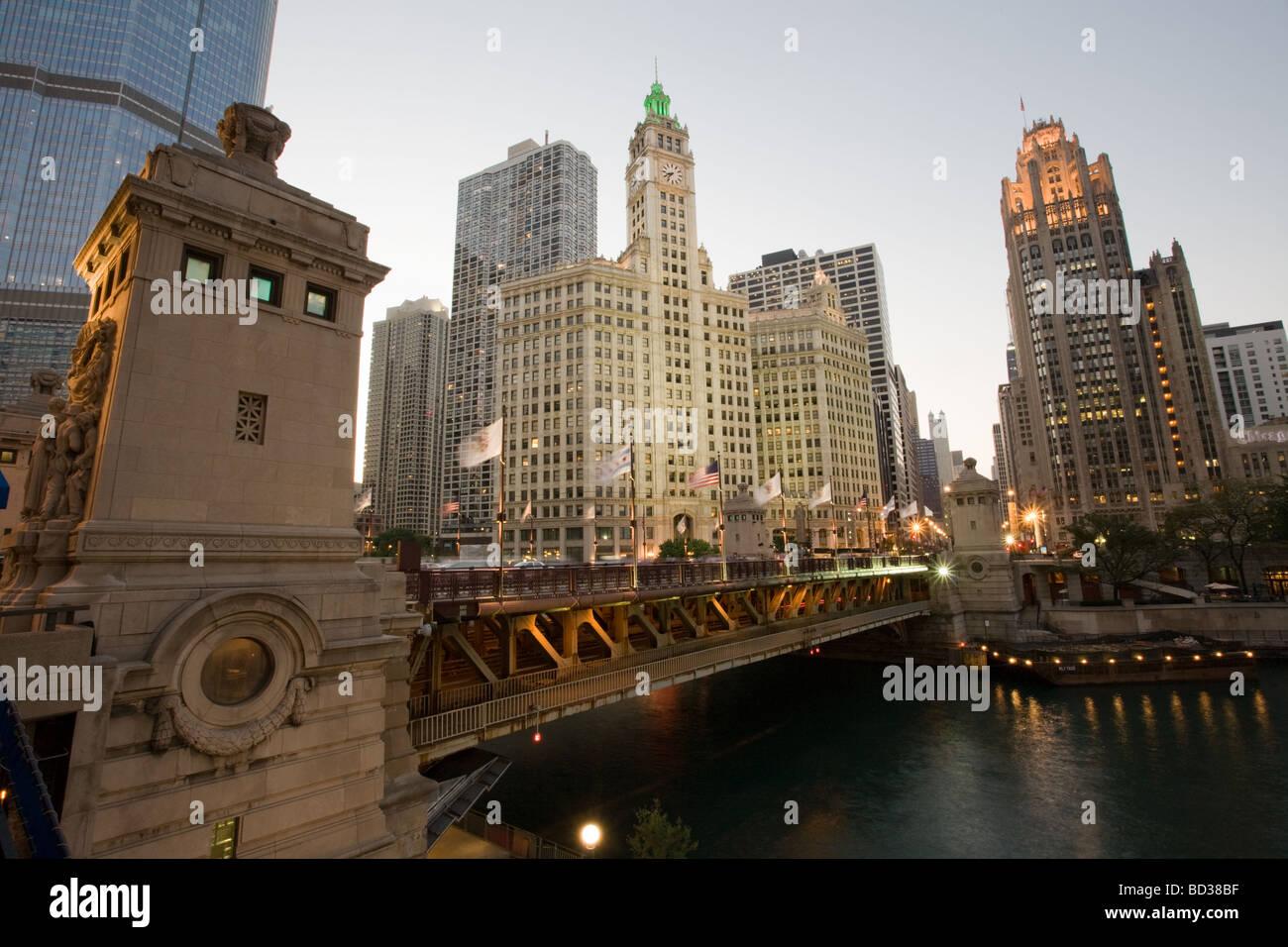 Michigan Avenue Bridge and Esplanade Wrigley Building and Tribune Tower Chicago Illinois - Stock Image