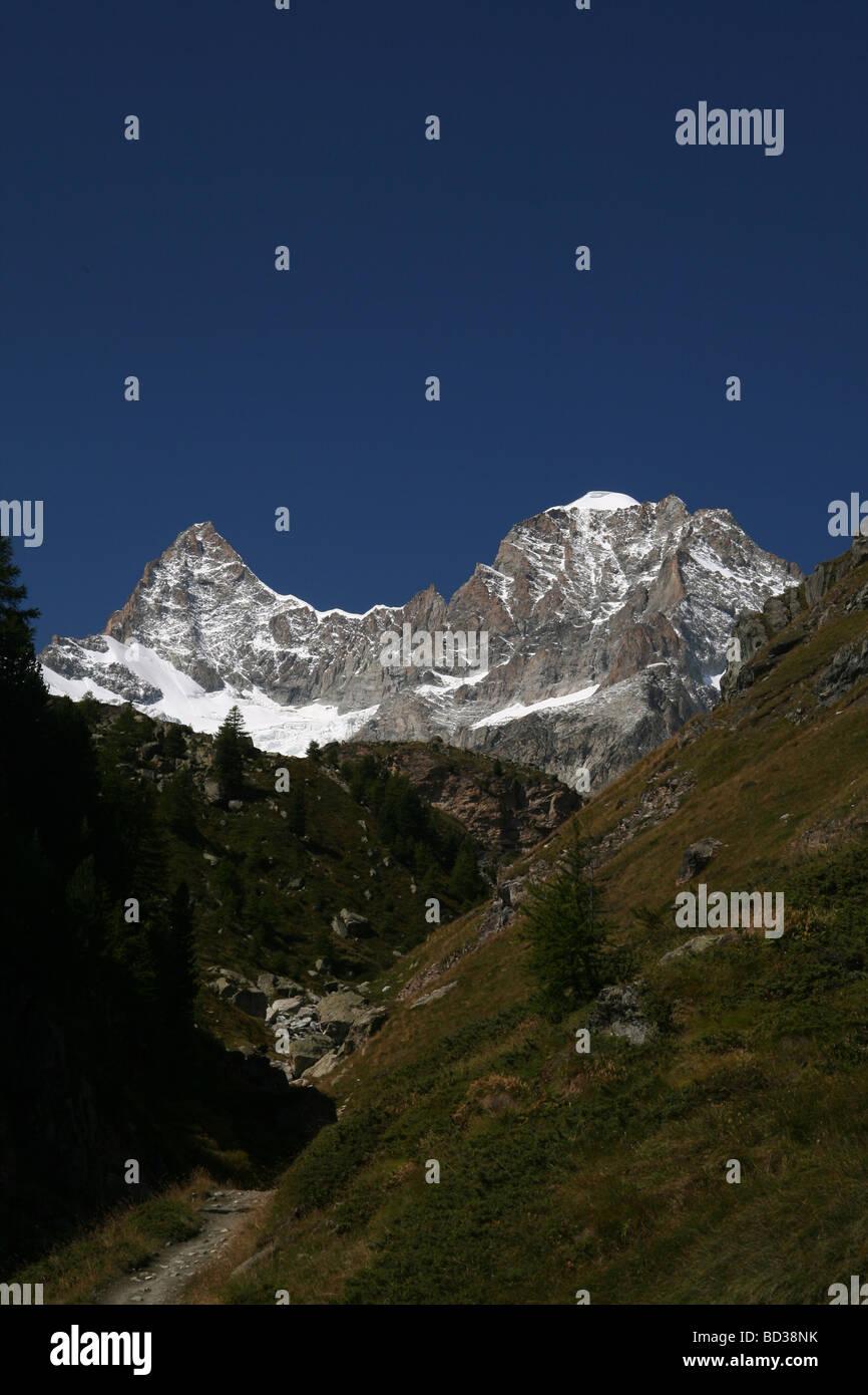 Scenic view of the Ober Gabelhorn and Wellenkuppe Zermatt Valis Switzerland Stock Photo