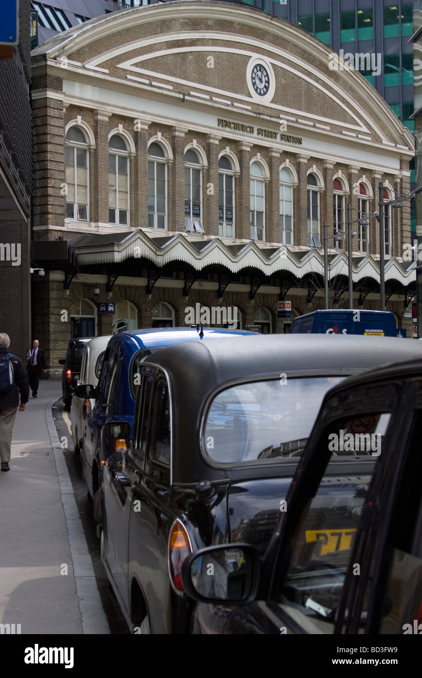 fenchurch street station london with taxi rank - Stock Image