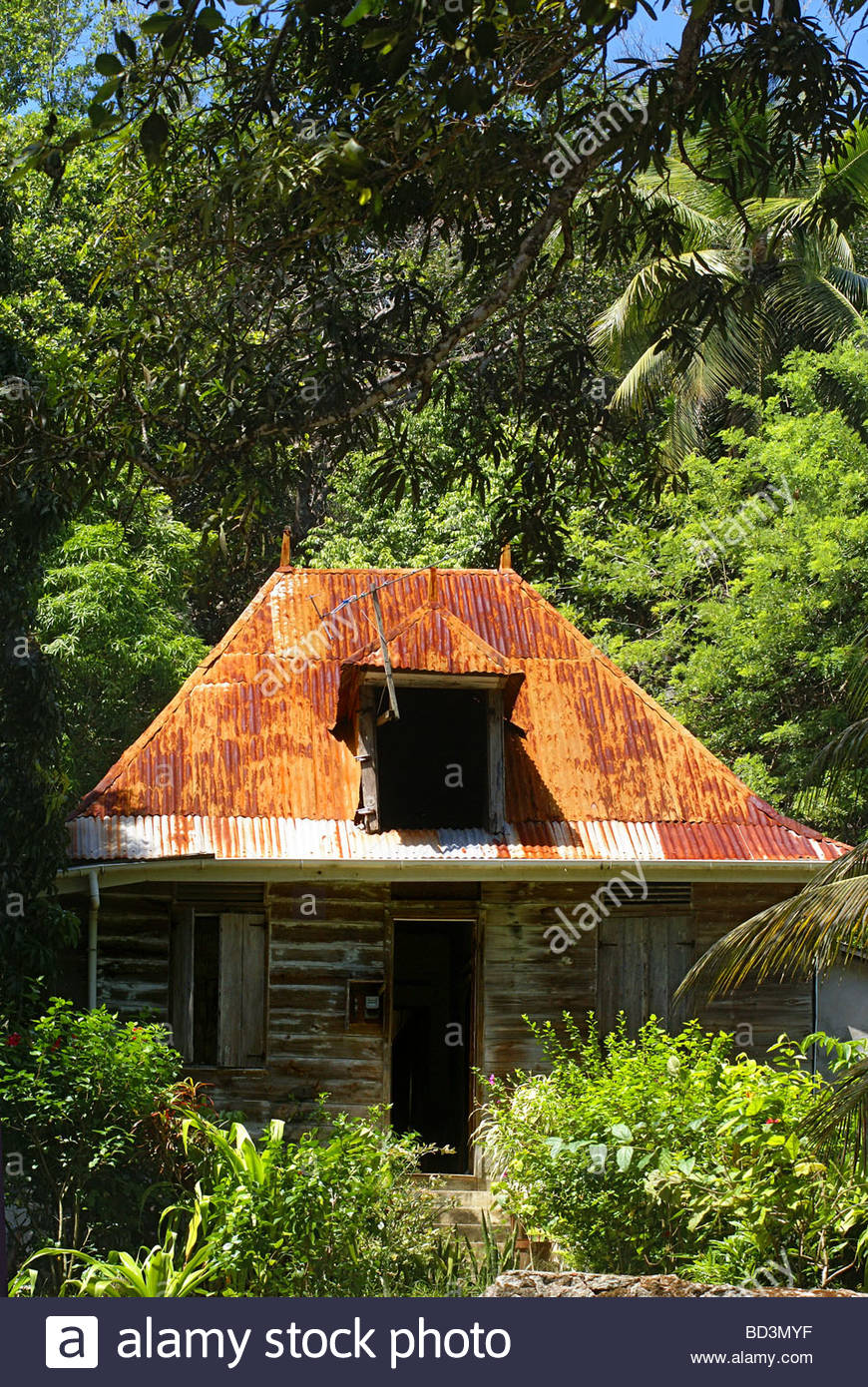 Creole house at La Digue island - Seychelles - Stock Image