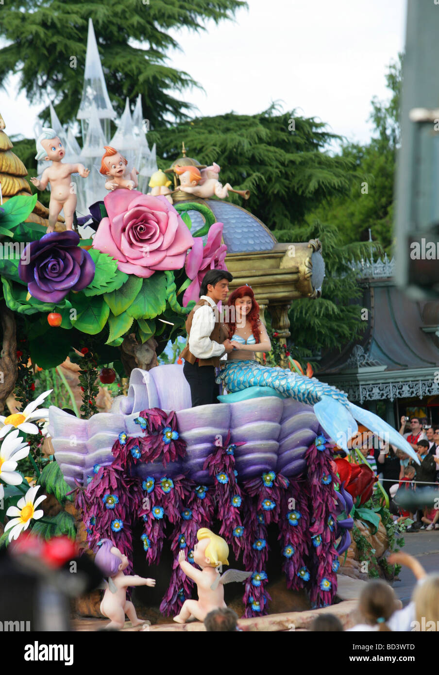 Parade Euro Disney Park Paris High Resolution Stock Photography And Images Alamy