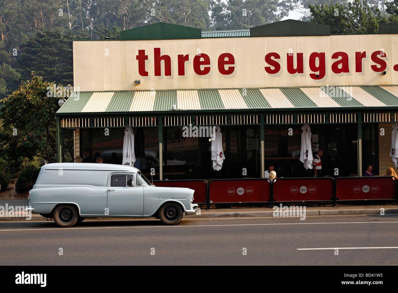 Smoke haze and the three sugars cafe Warburton, Victoria, Australia - Stock Image