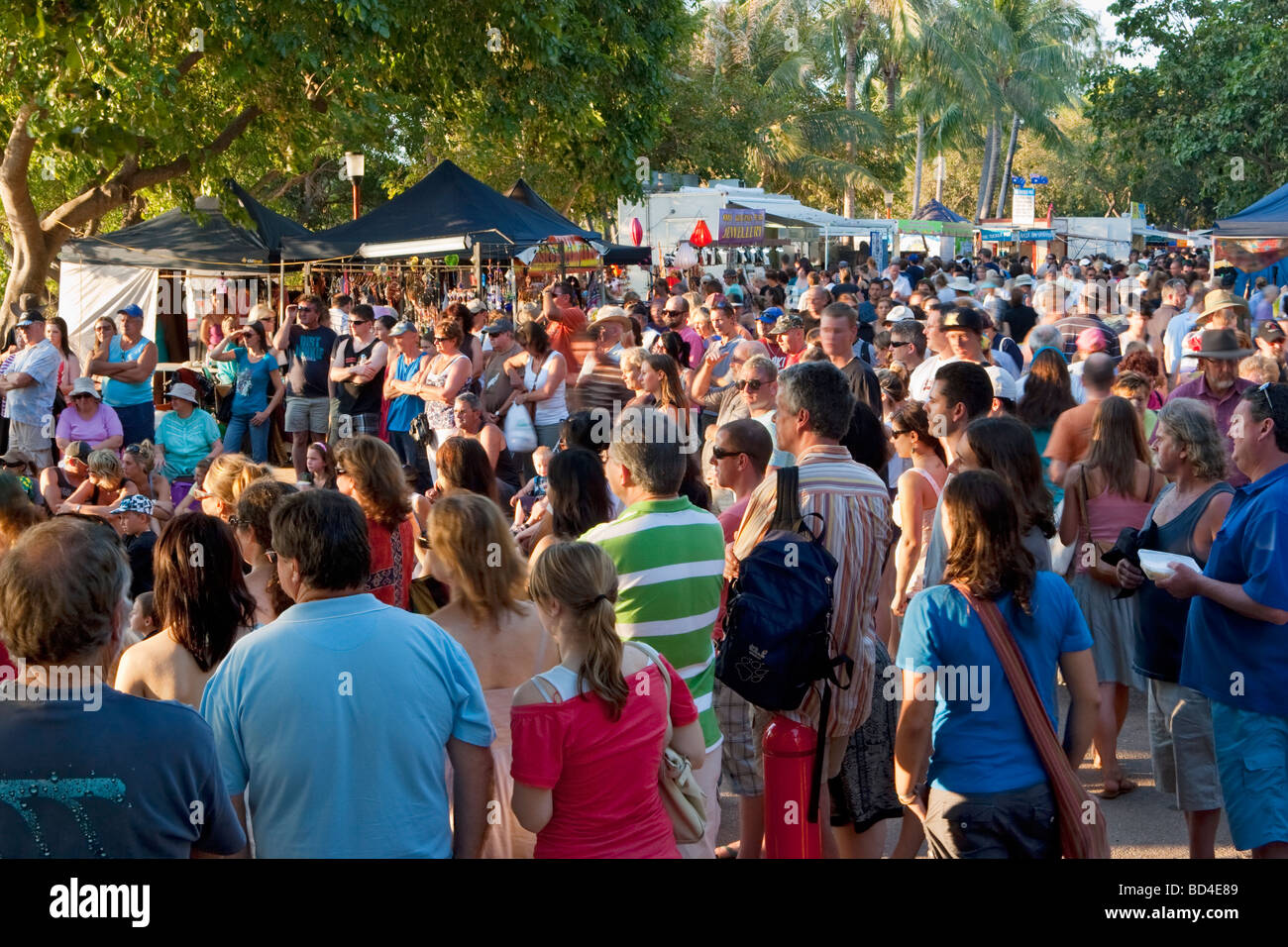 Crowds of people at Mindil Beach Markets in Darwin, Australia - Stock Image
