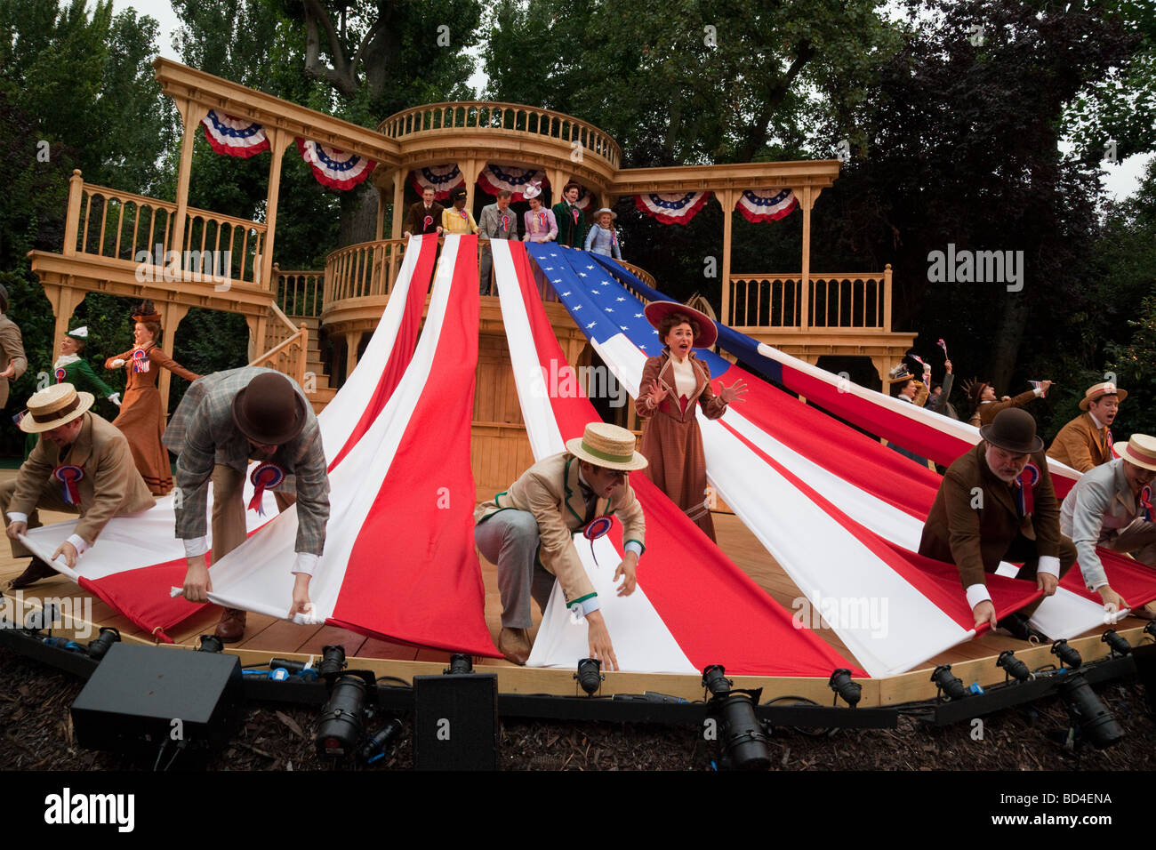 Musical Hello, Dolly! performed by cast featuring Samantha Spiro at Regent's Park Open Air Theatre, London, - Stock Image