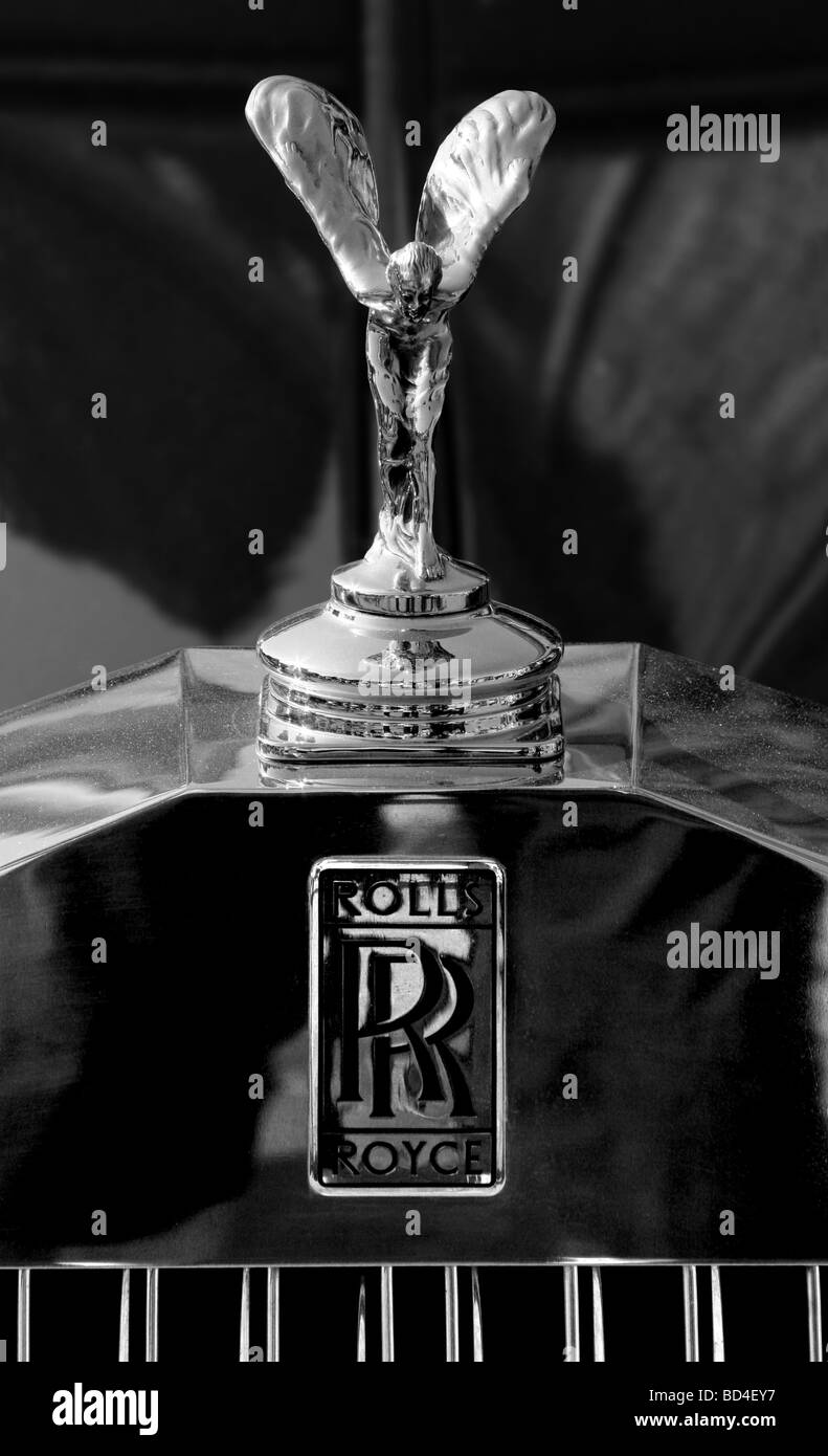 Rolls Royce Badge Stock Photos Rolls Royce Badge Stock Images Alamy