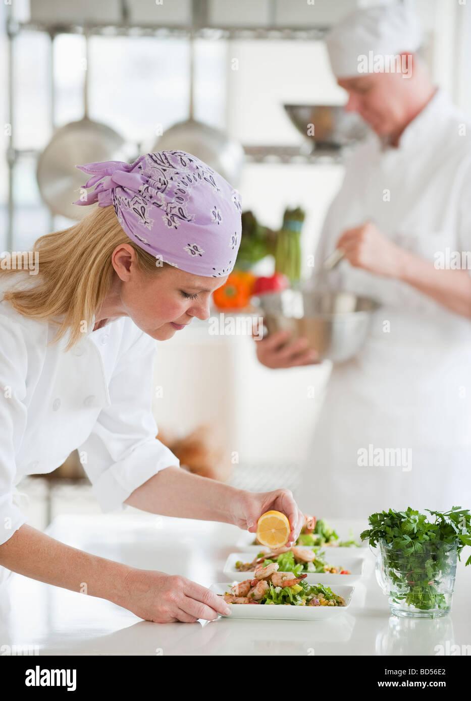 Restaurant Workers Kitchen Stock Photos & Restaurant Workers Kitchen ...
