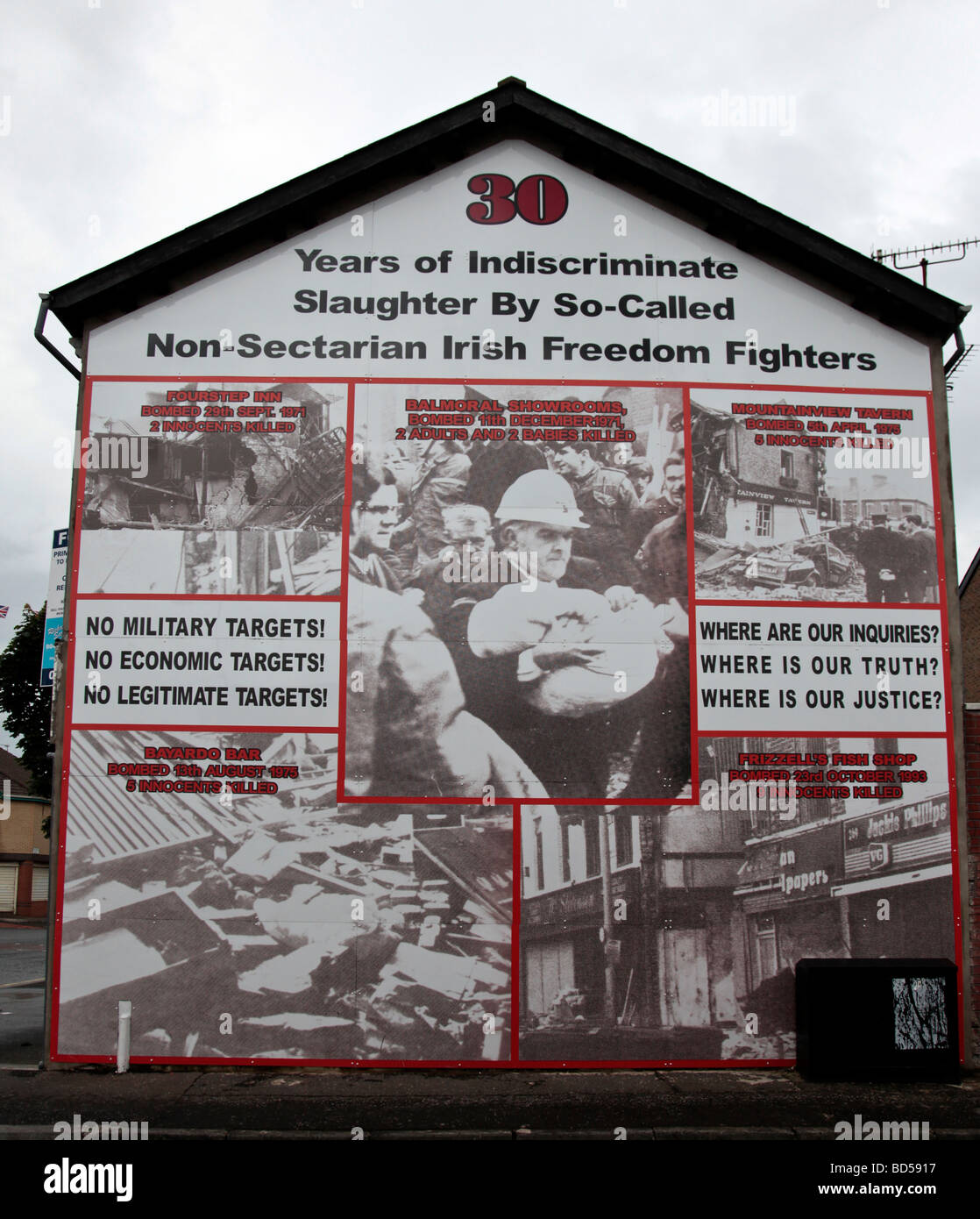 A five-panelled mural from the Loyalist/Unionist area of West Belfast, commemorating '30 years of indiscriminate - Stock Image