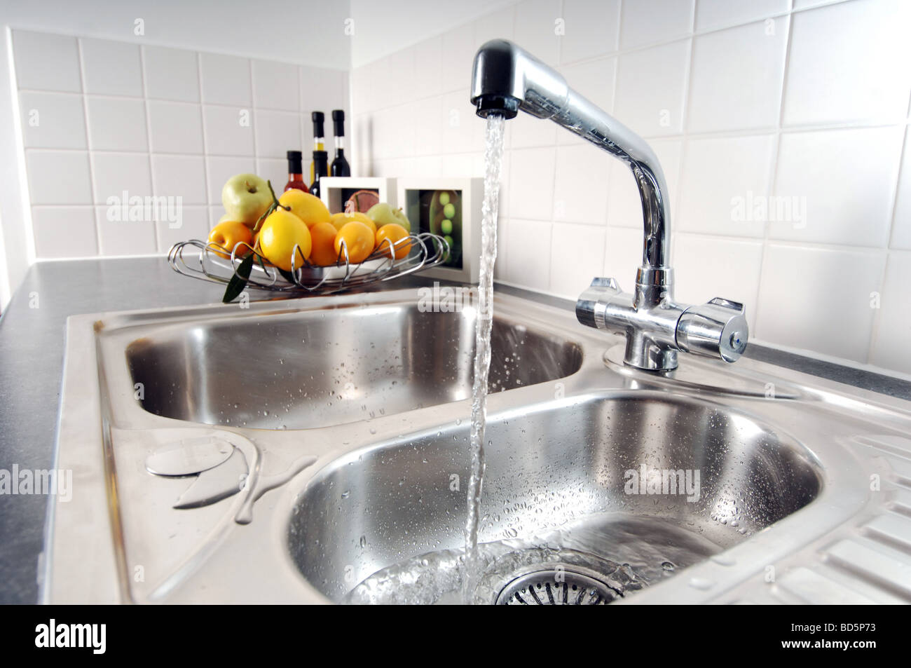 Show home kitchen sink - Stock Image