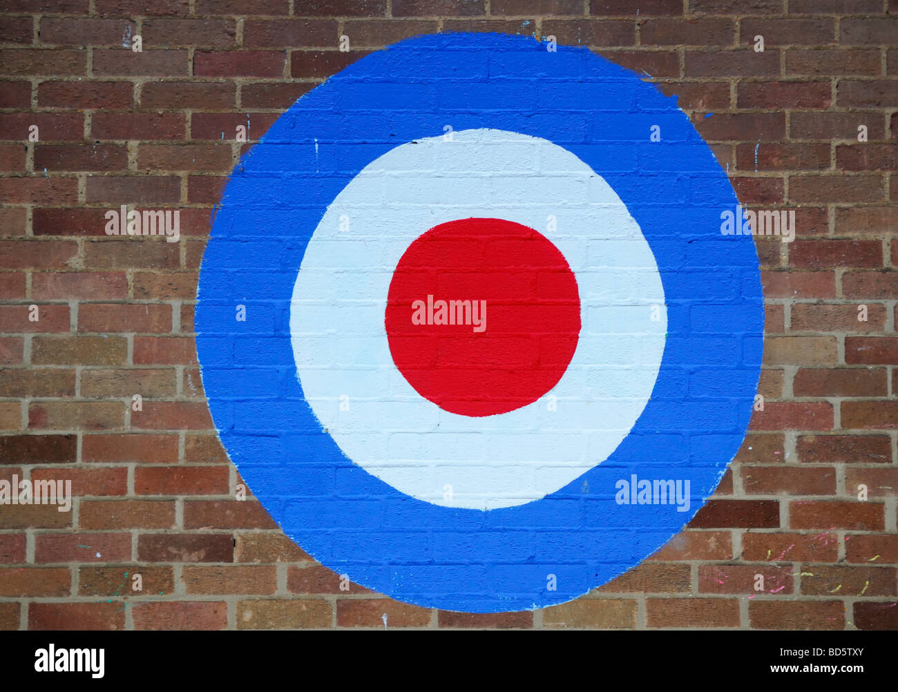 Target Painted on a Wall July 2009 - Stock Image