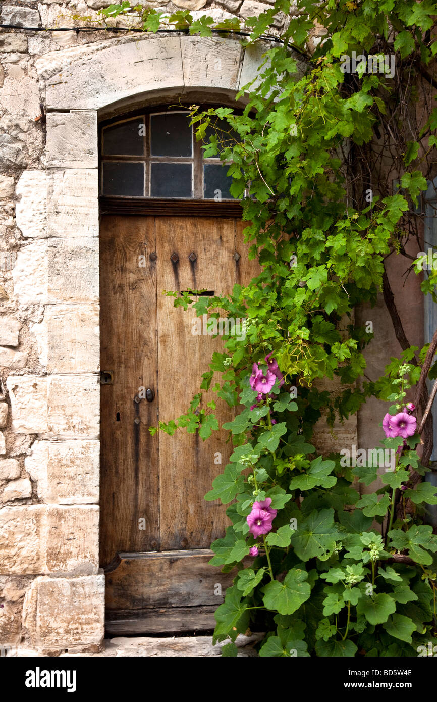 Front door to home in Sault, Provence France Stock Photo