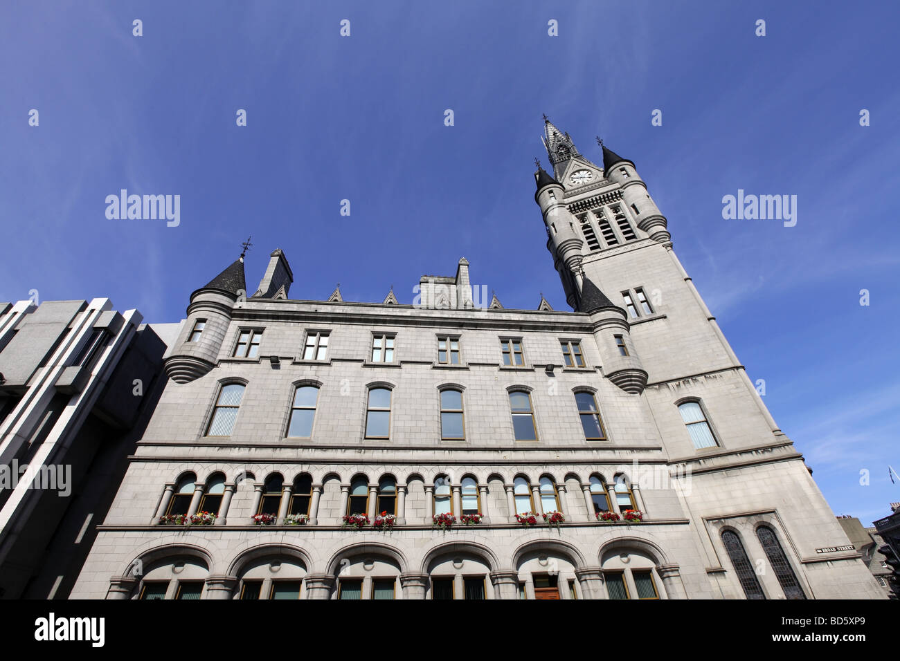 The imposing grey granite building of the Town House in Aberdeen, Scotland, UK which also houses the sheriff court - Stock Image