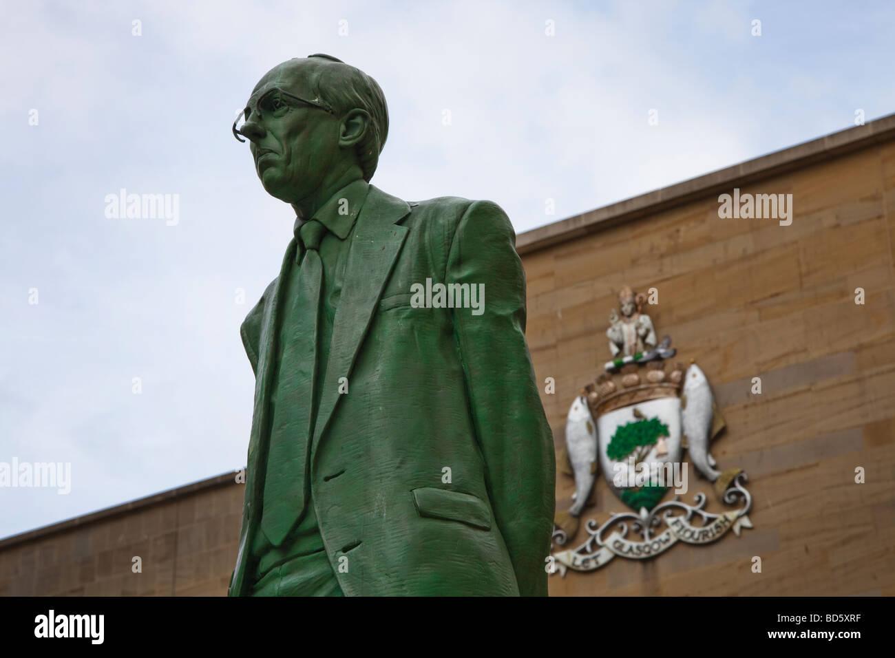 Statue of Donald Dewar, Member of Parliament and First Minister of Scotland, Buchanan Street, Glasgow, Scotland, - Stock Image