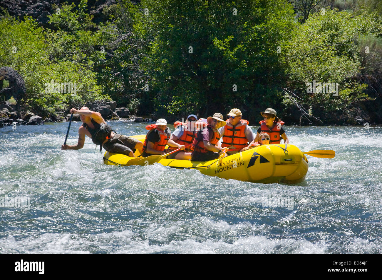 Whitewater rafting rapids on Deschutes River near Bend, Oregon - Stock Image