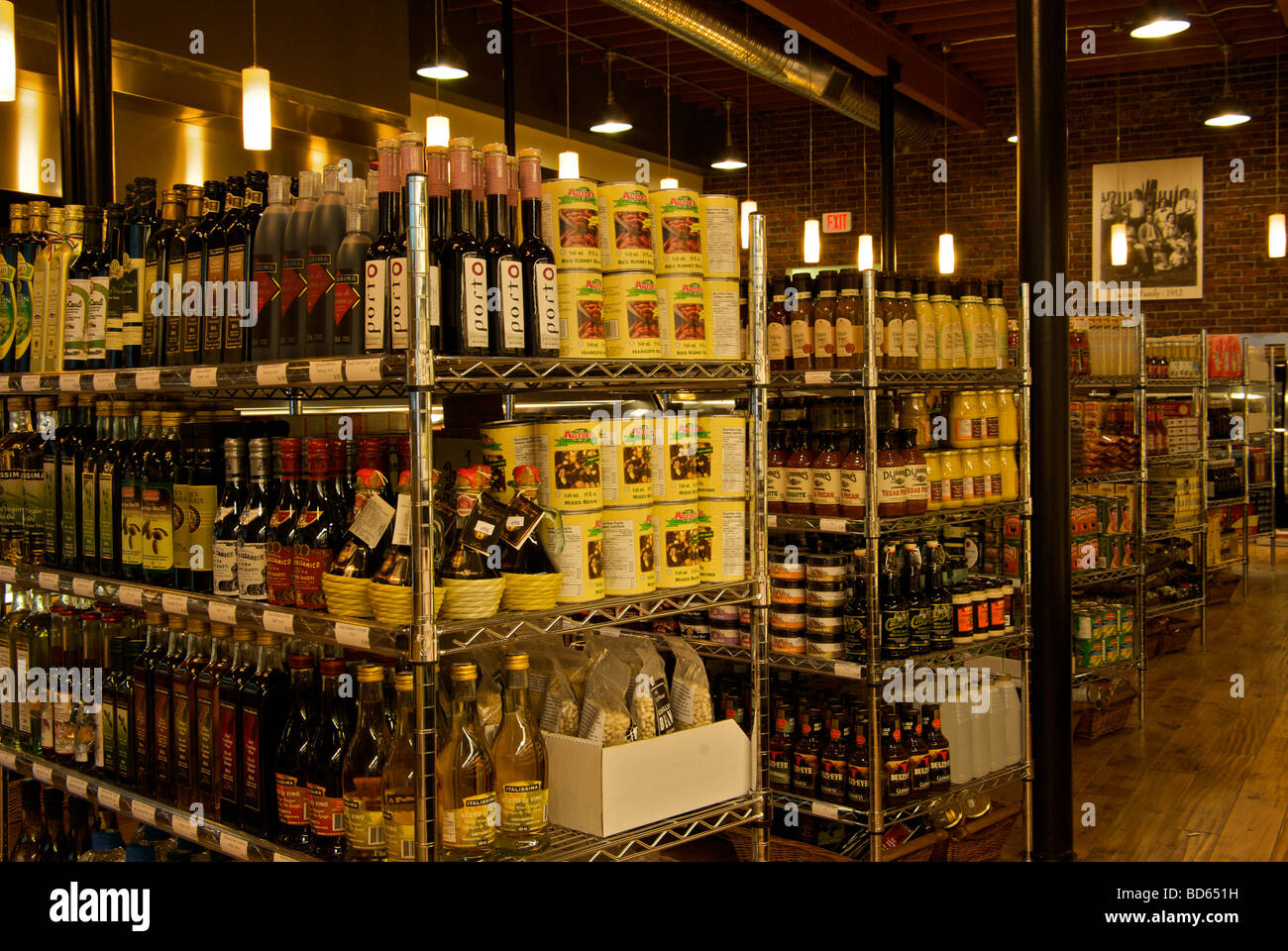 Aisle Display Grocery Stock Photos & Aisle Display Grocery Stock ...