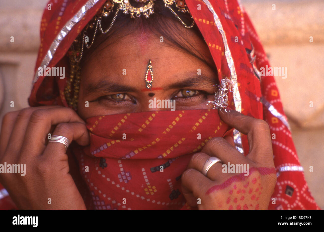 Woman in national costume in Rajasthan India Stock Photo
