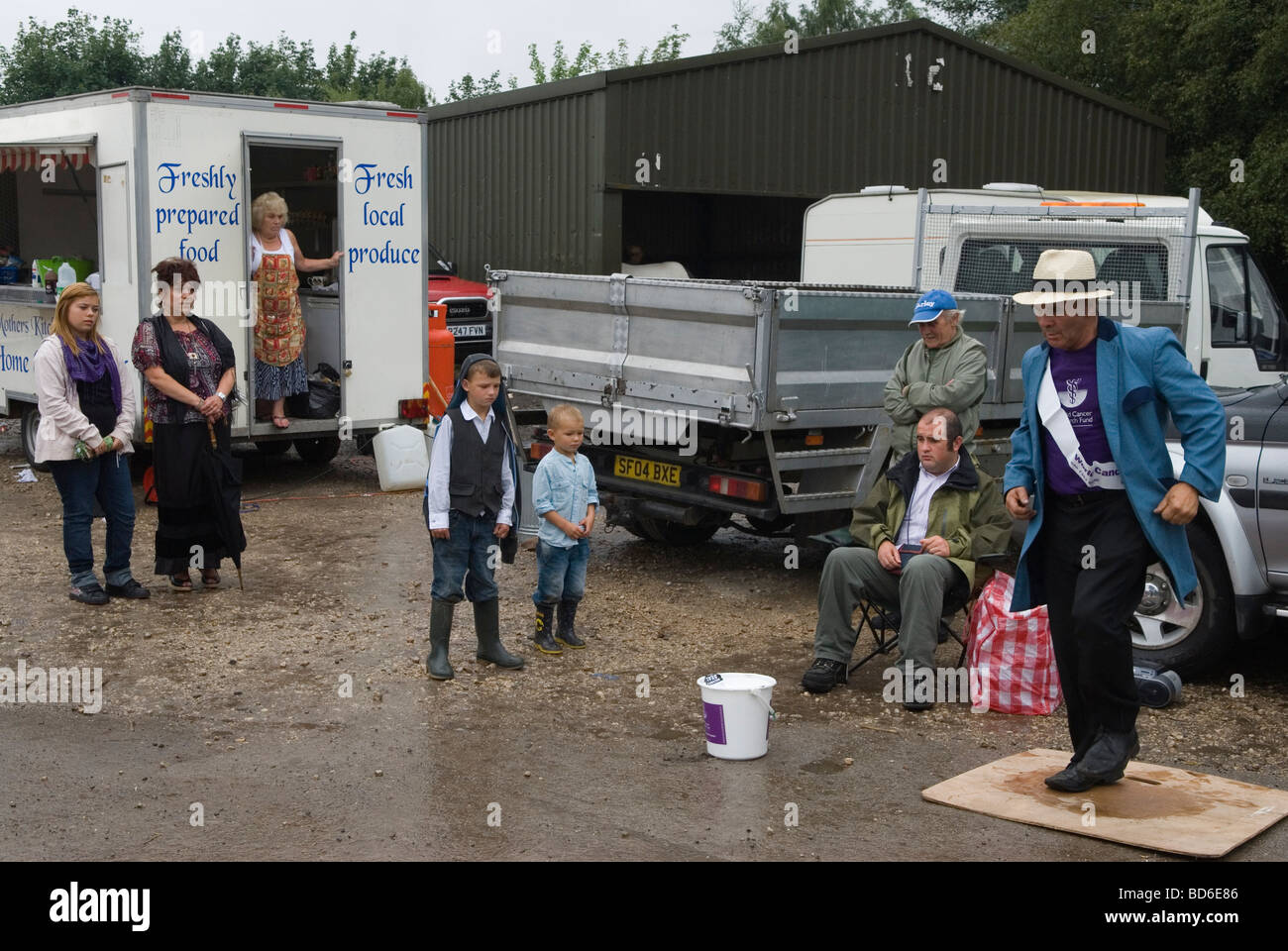 Man collecting for Cancer Charity non stop dancing. Brigg Horse Fair Brigg Lincolnshire England HOMER SYKES - Stock Image