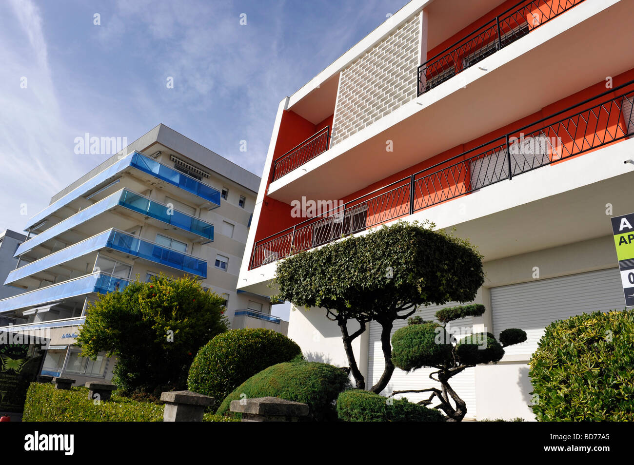 unusual sixties style architecture on the beach front at Royan - Stock Image