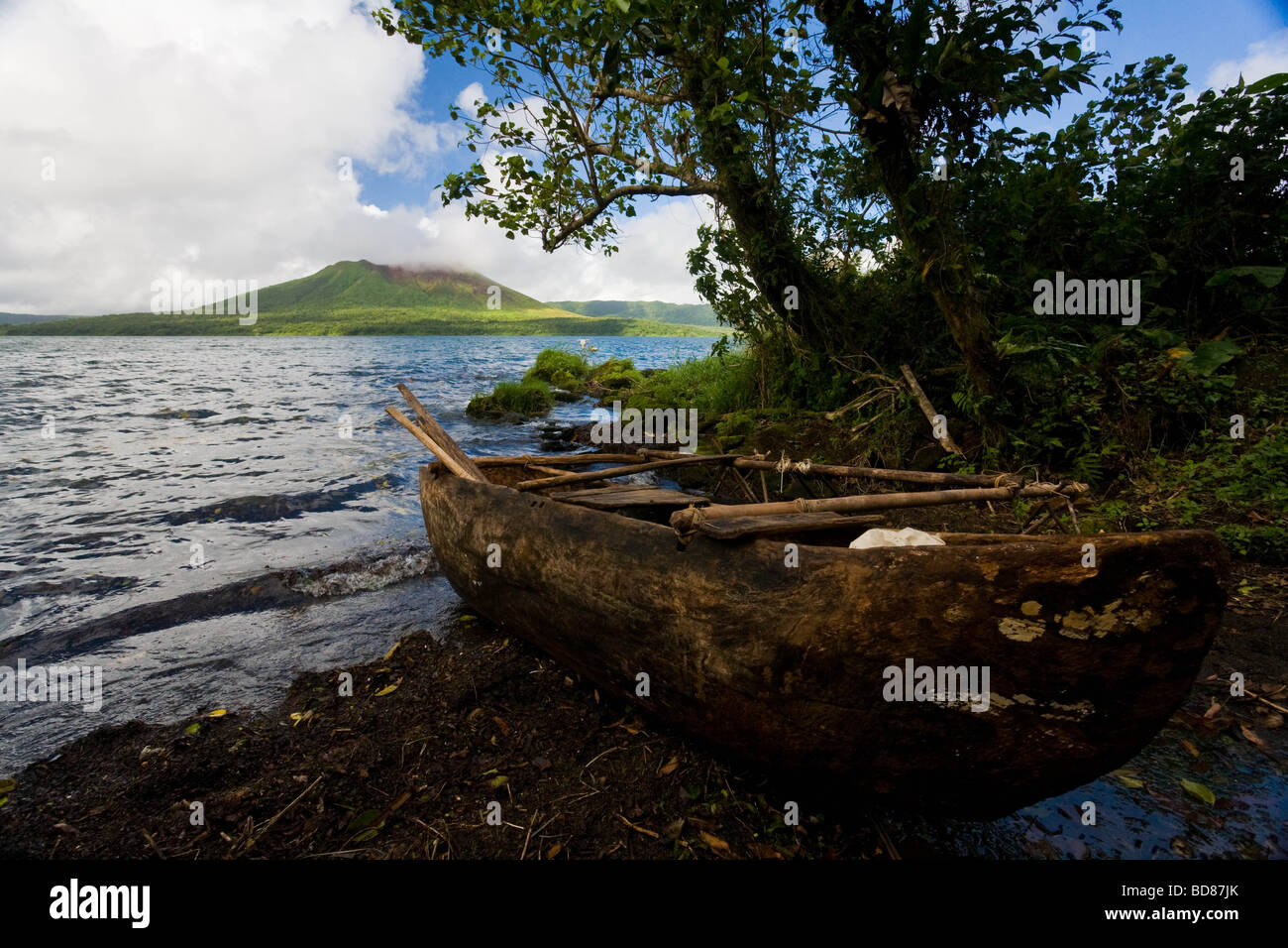 The dug out canoe used to cross Lake Letas to reach Mount Garet on Gaua Vanuatu - Stock Image