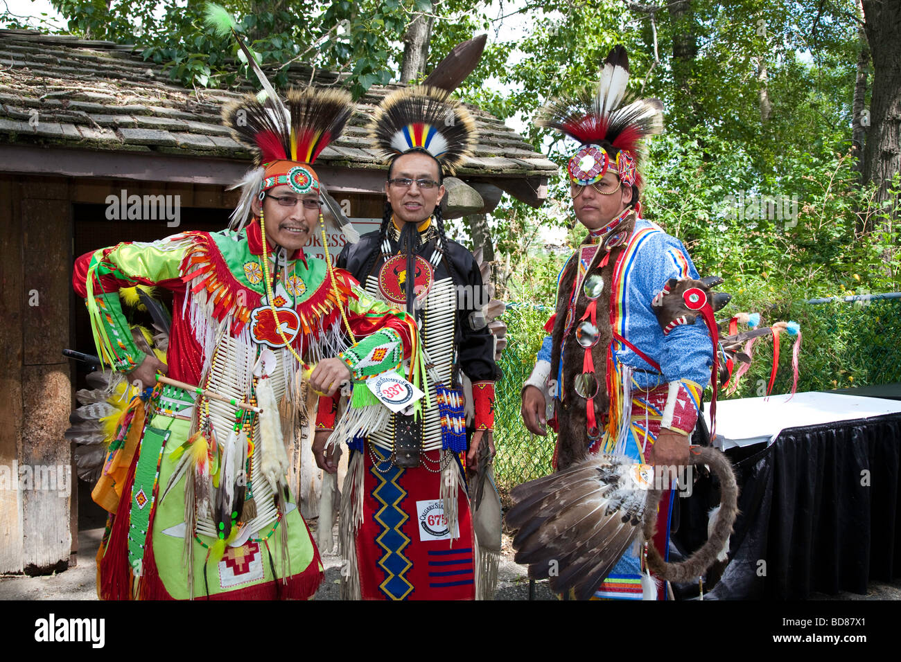 North American Plains Native Indian in traditional dress at Pow Wow in the Indian Village at the Calgary Stampede - Stock Image