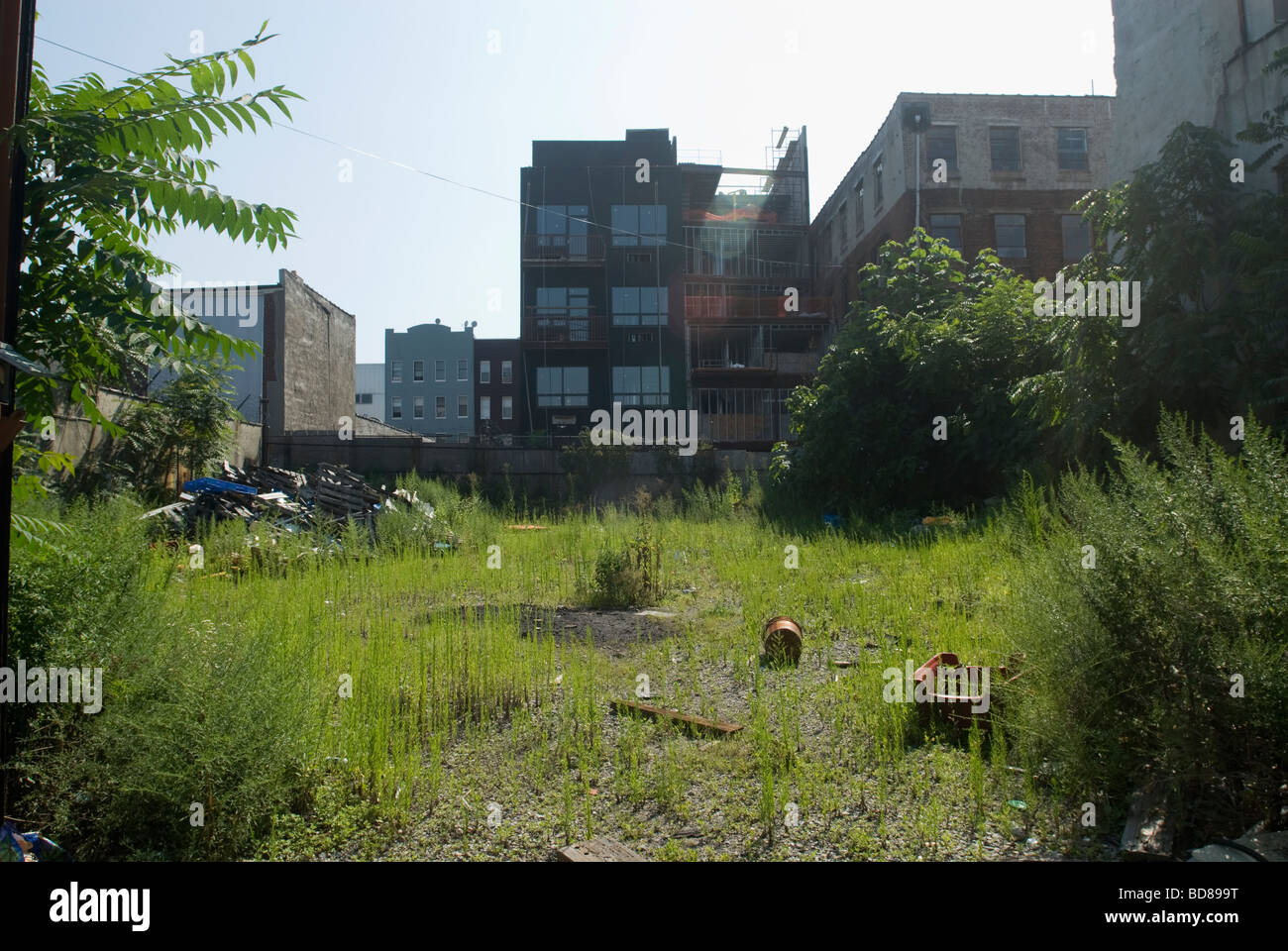 A vacant undeveloped lot in the Williamsburg neighborhood of Brooklyn in New York - Stock Image