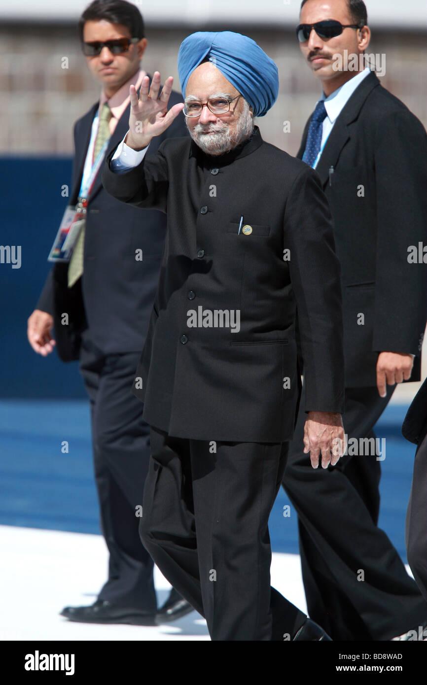 MANMOHAN SINGH PRIME MINISTER OF INDIA 10 July 2009 THE GUARDIA DI FINANZA SCHOOL  L'AQUILA ABRUZZO ITALY - Stock Image