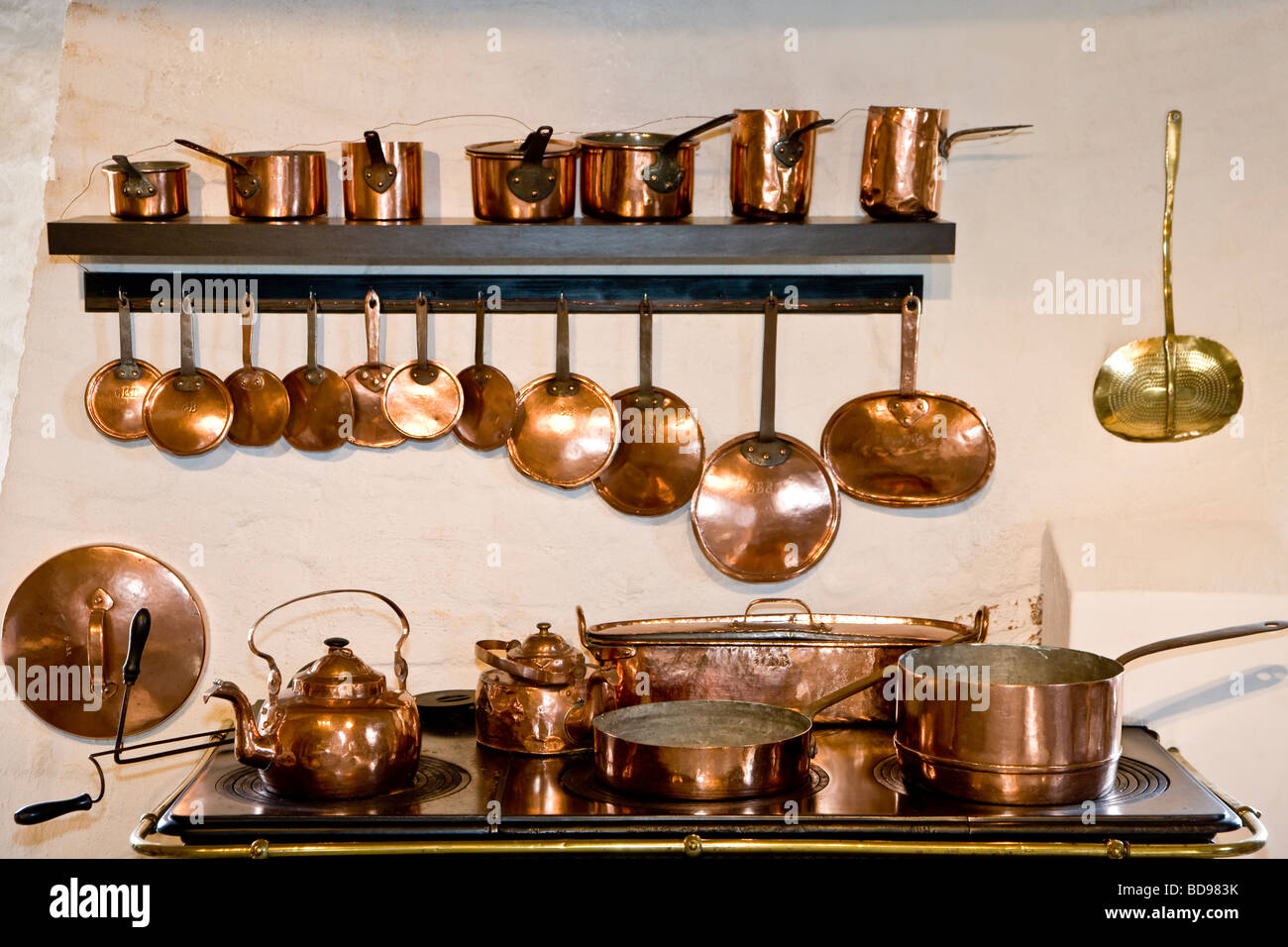 Old copper kitchen equipment - Stock Image