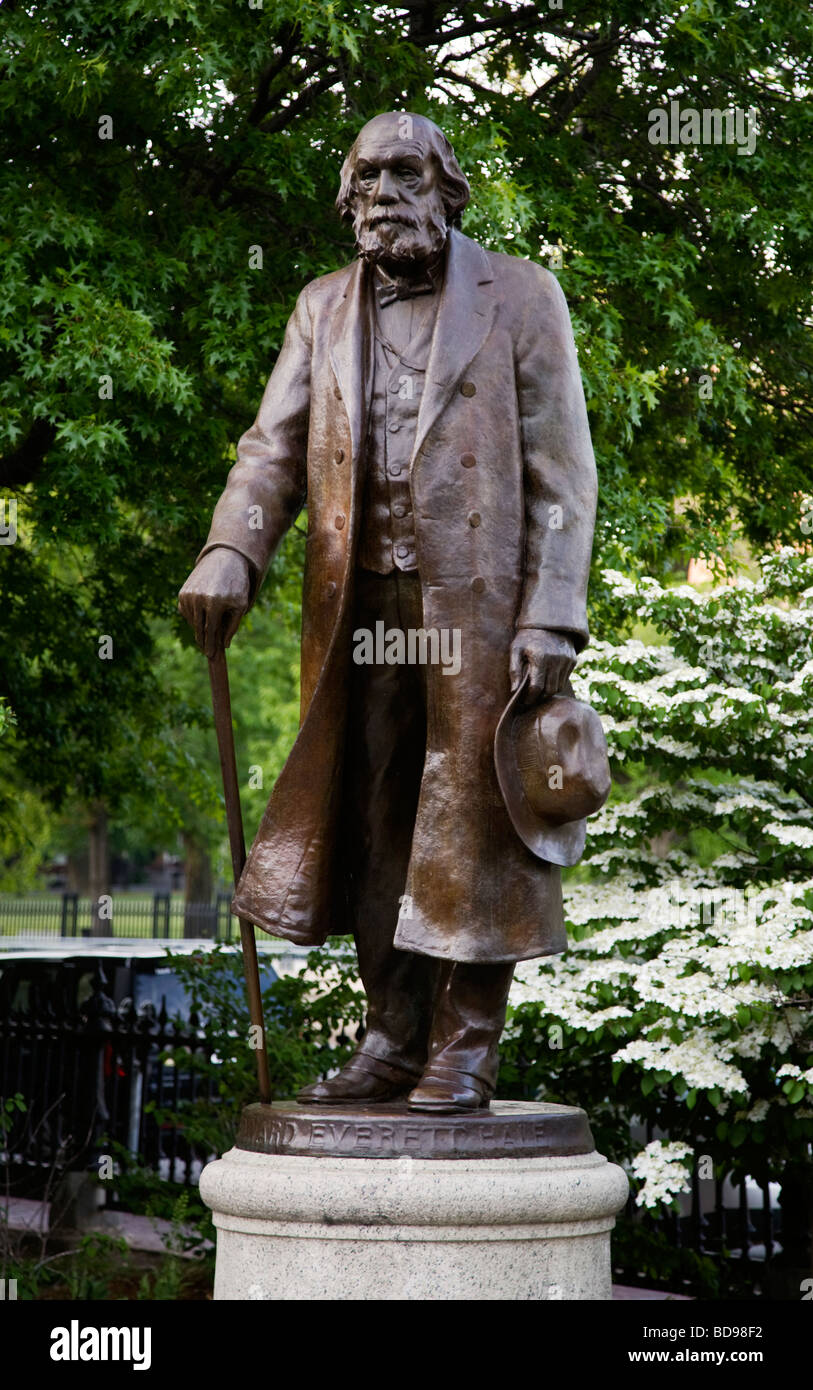 Statue of Pastor EDWARD EVERETT HALE in the BOSTON COMMON a park and garden completed in the year 1837 BOSTON MASSACHUSETTS - Stock Image