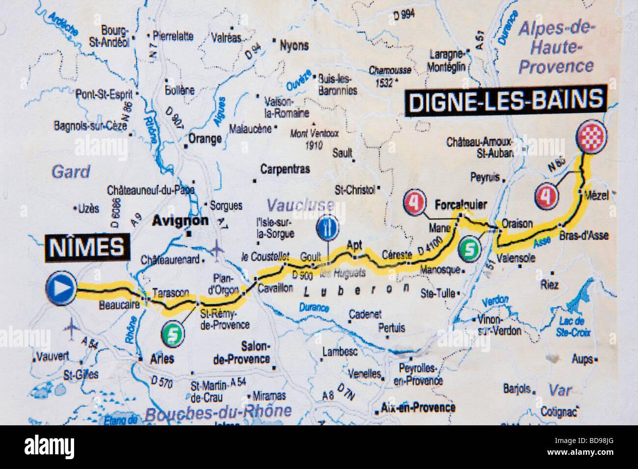 Nimes Transport Map