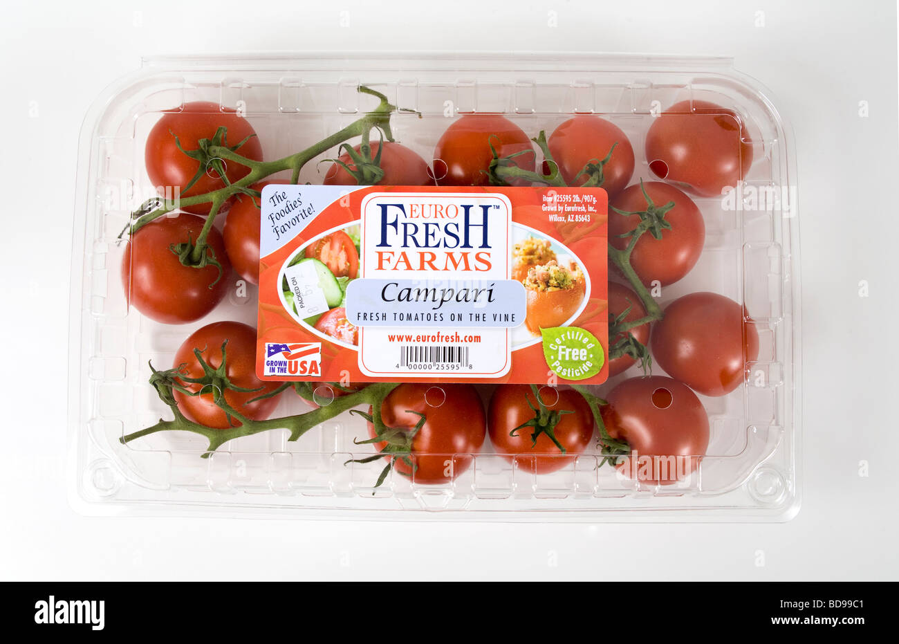 Label on package of organically grown tomatoes. - Stock Image