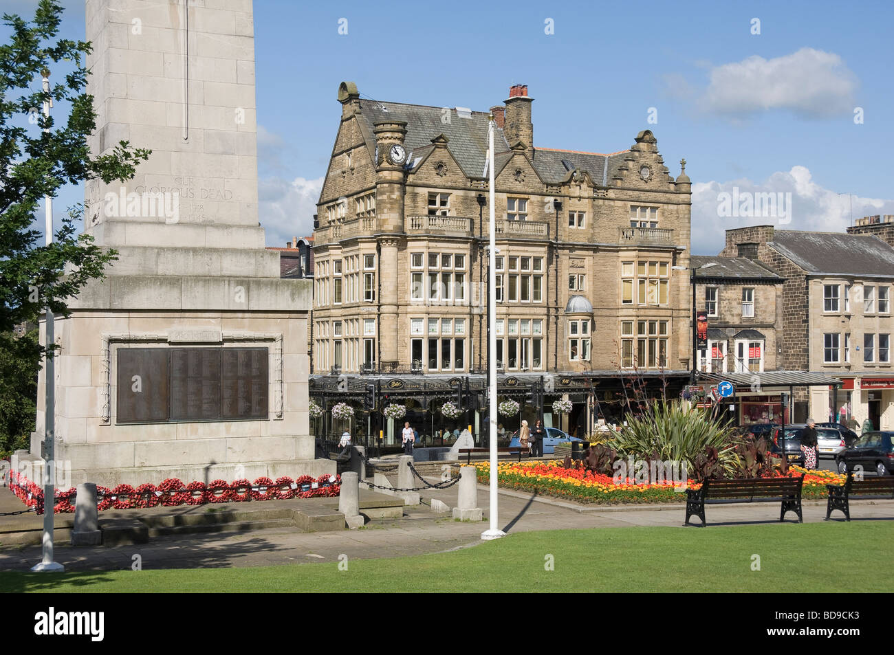 War Memorial and Bettys tea rooms Prospect Place Harrogate North Yorkshire England UK United Kingdom GB Great Britain Stock Photo