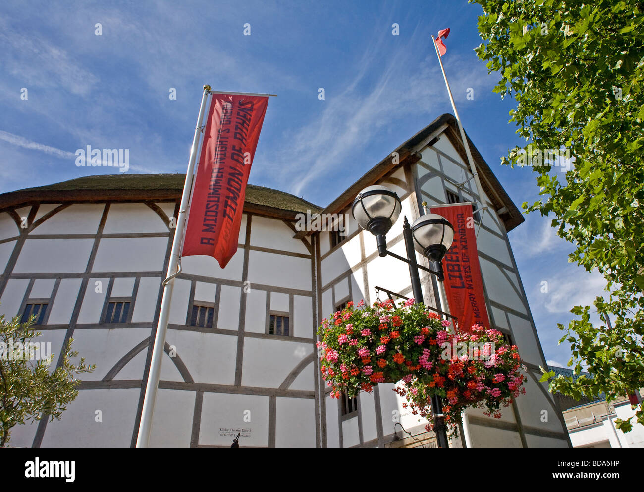 London Bankside The Globe Theatre July 2OO8 - Stock Image