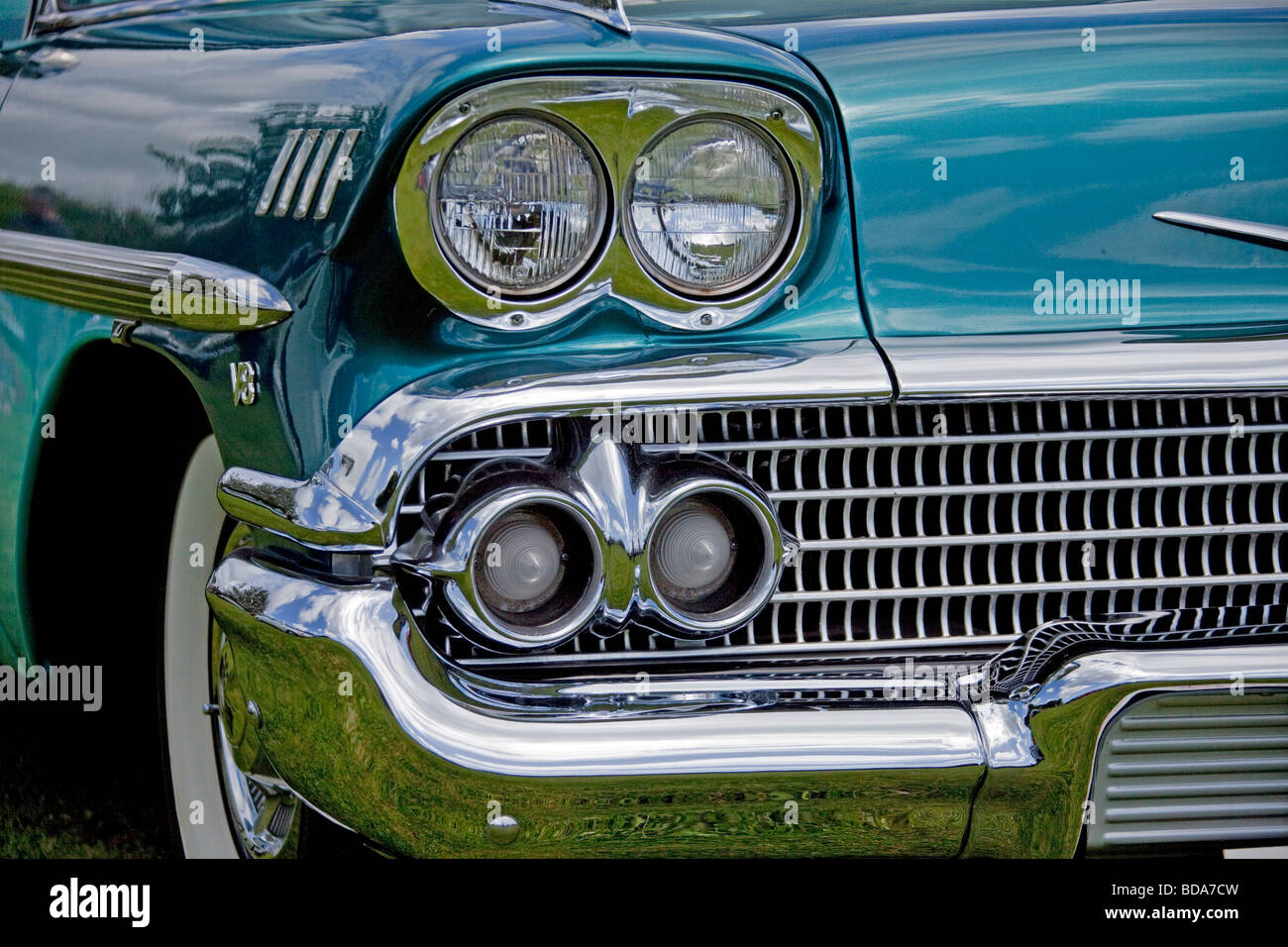 Emerald vintage chevy 1960\'s headlight and chrome radiator grille ...