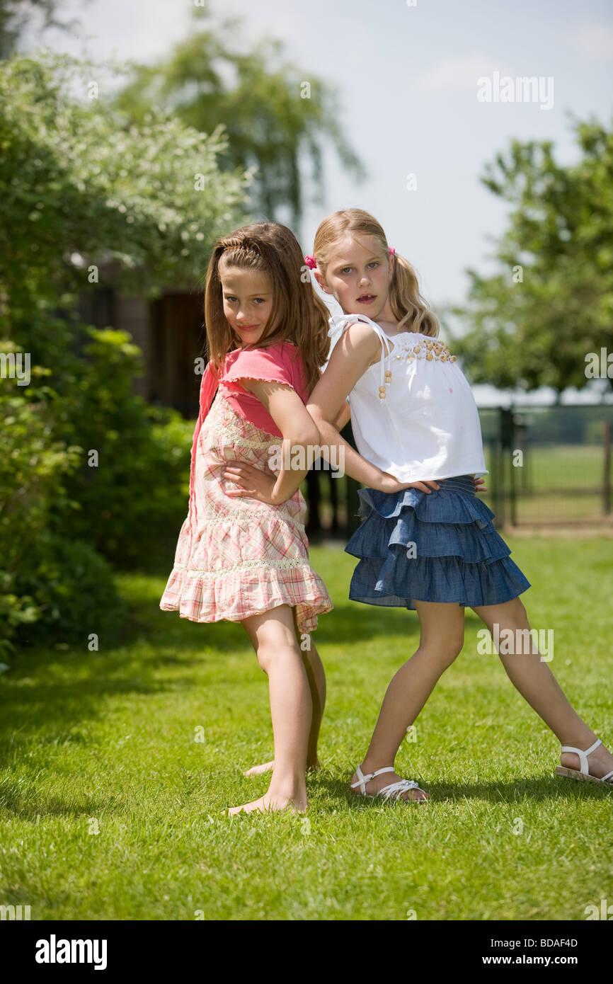 Junge Teen Models Top-Seiten Teenie-Mode Vollbusige heiße