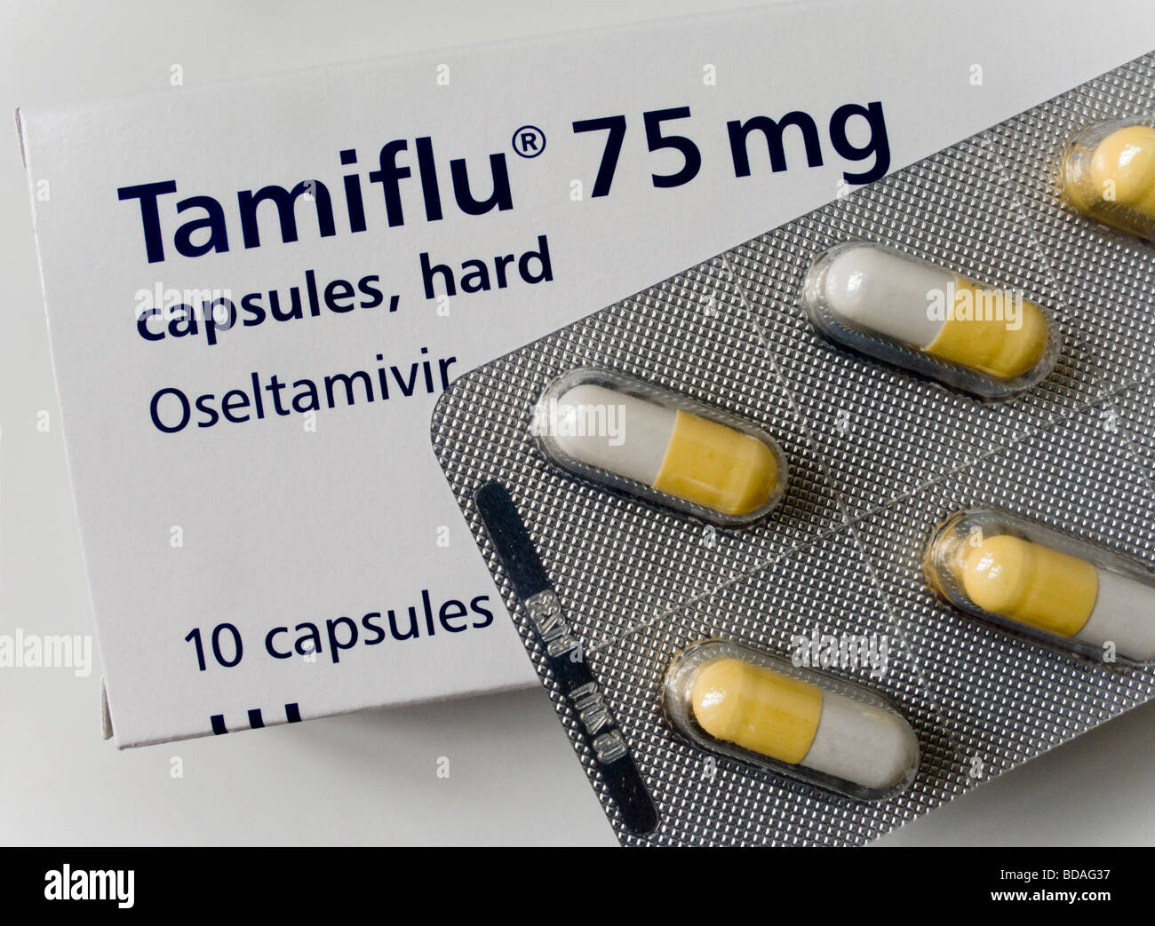 Oseltamivir  >> Tamiflu Oseltamivir Capsules 75mg In A Blister Pack And The Tamiflu