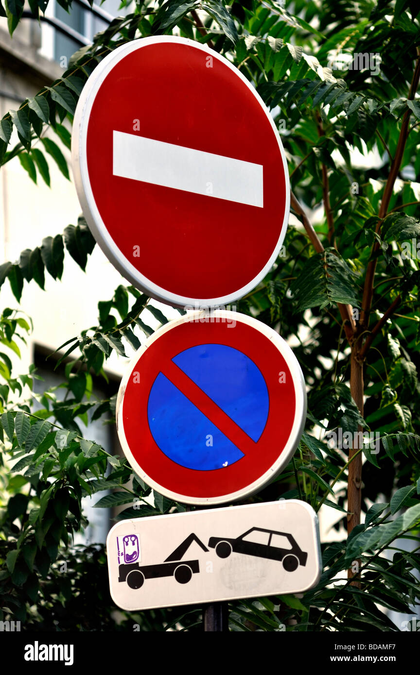 Paris France, Street  Detail 'French Road Sign' 'Do Not Enter' 'No Parking' 'Towaway - Stock Image